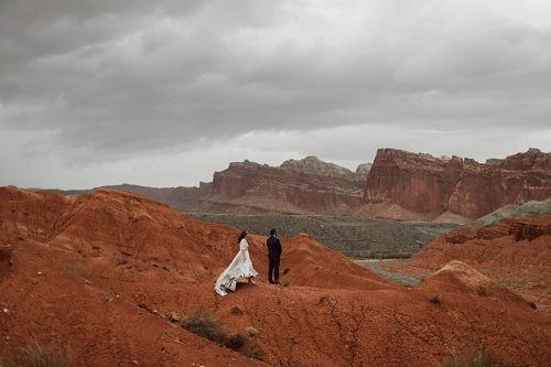 capitol reef elopement in utah desert