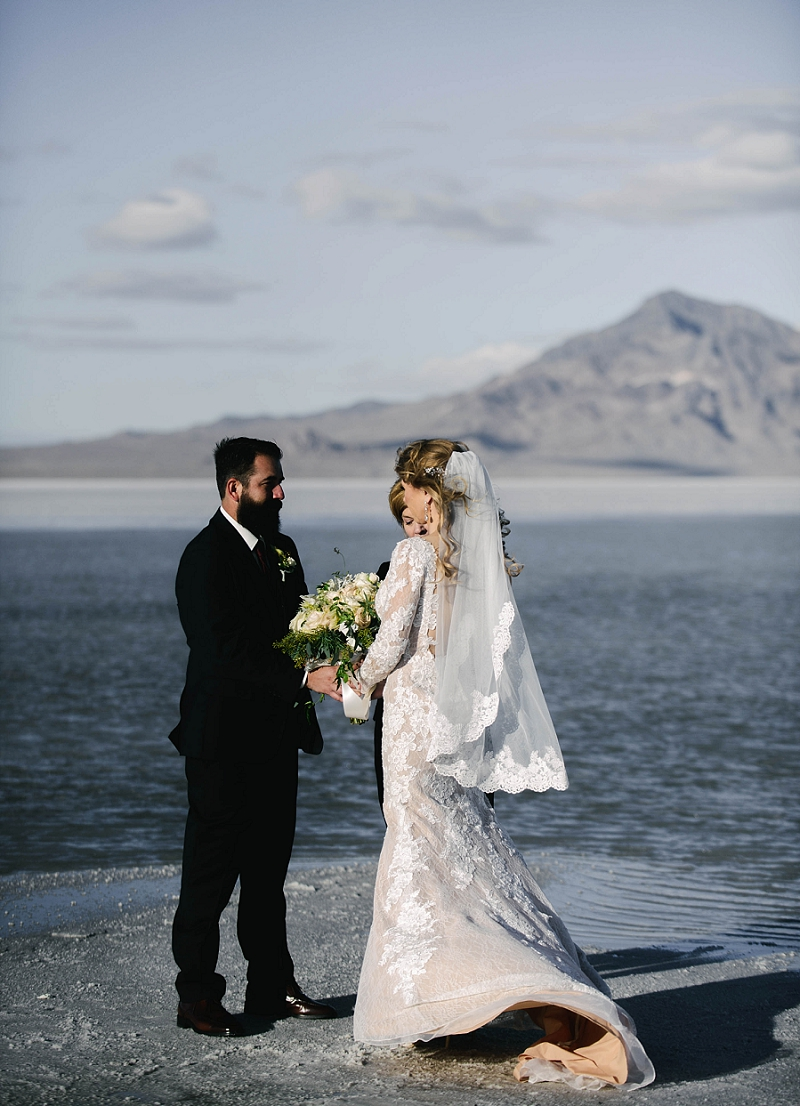 Elopement at Utah Bonneville Salt Flats