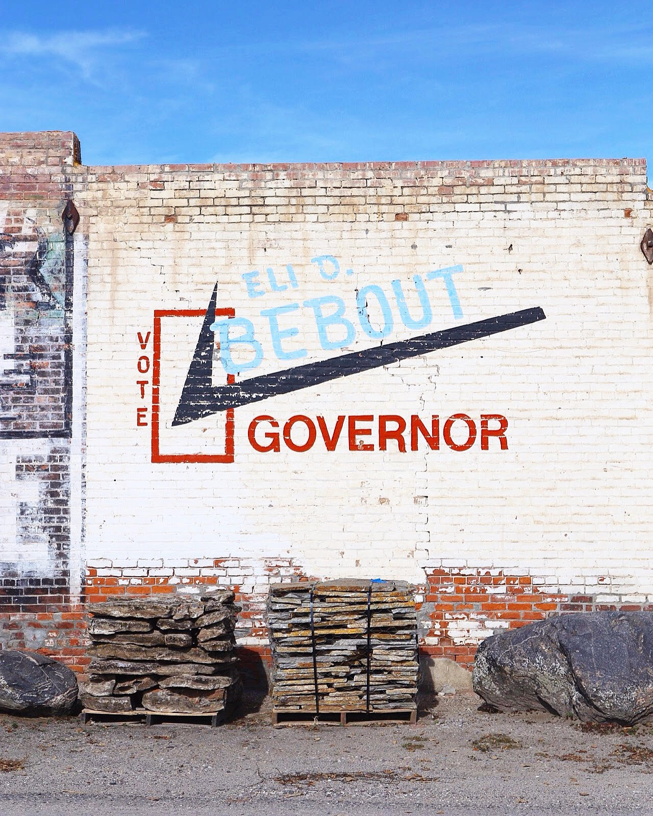 Governor Sign.jpg