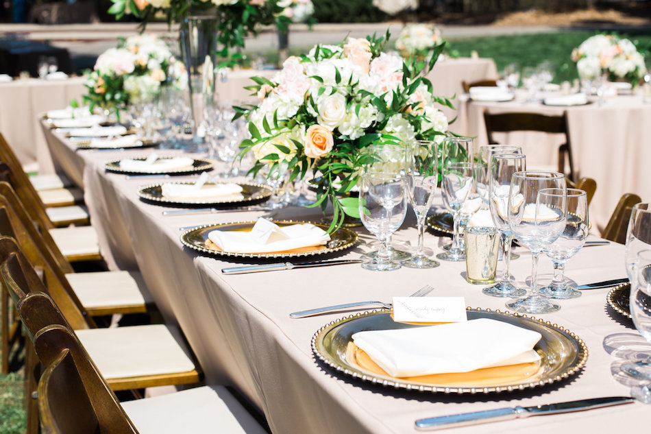 burlap-and-bordeux-dave-justine-josh-newton-wedding-6.jpg