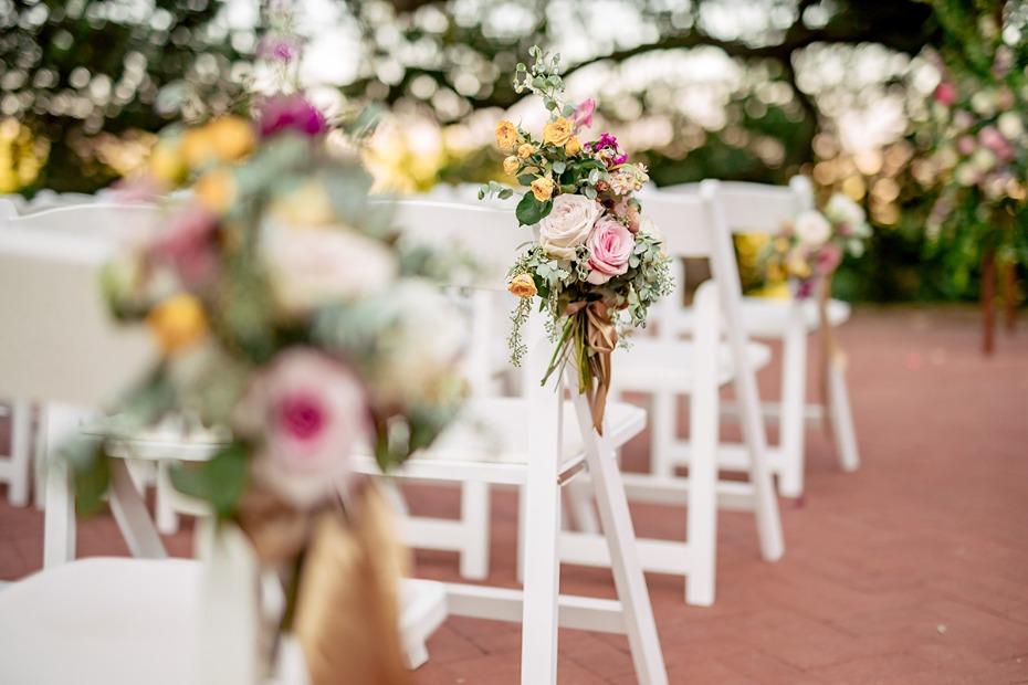 burlap-and-bordeaux-wedding-chicks-feature-5.jpg
