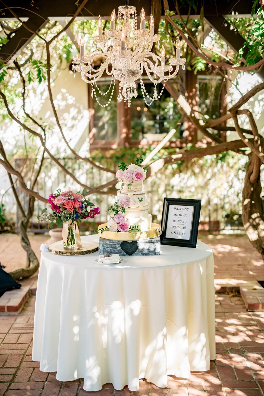 burlap-and-bordeaux-wedding-chicks-feature-9.jpg