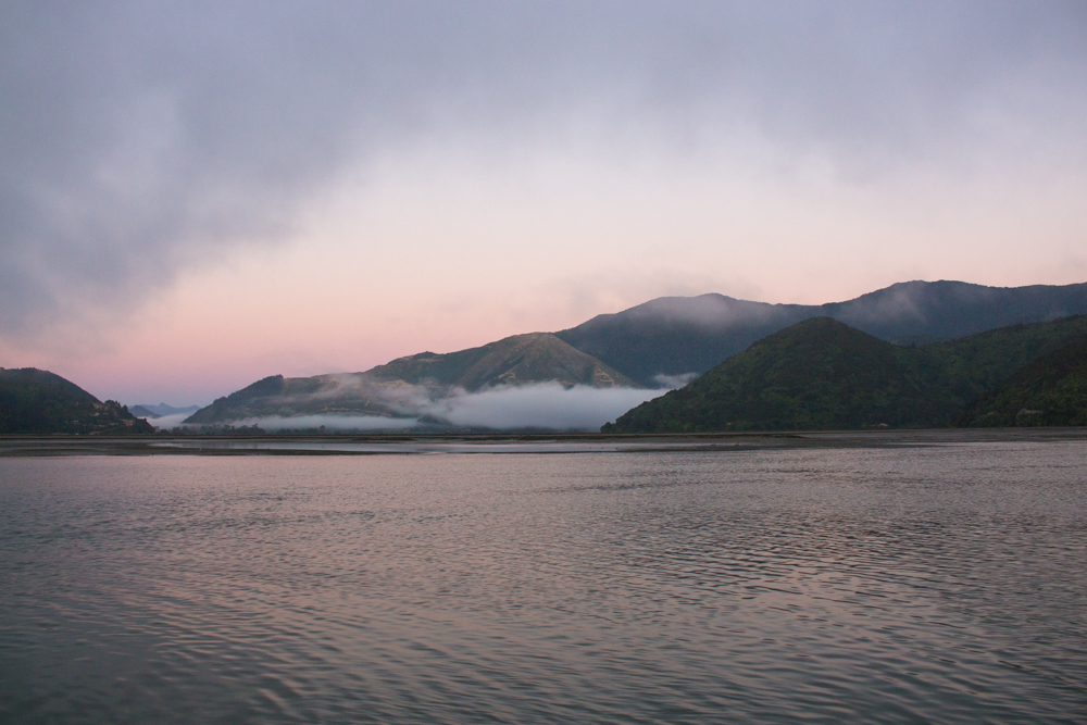 Early morning wake-up to sail on the Marlborough Sounds.