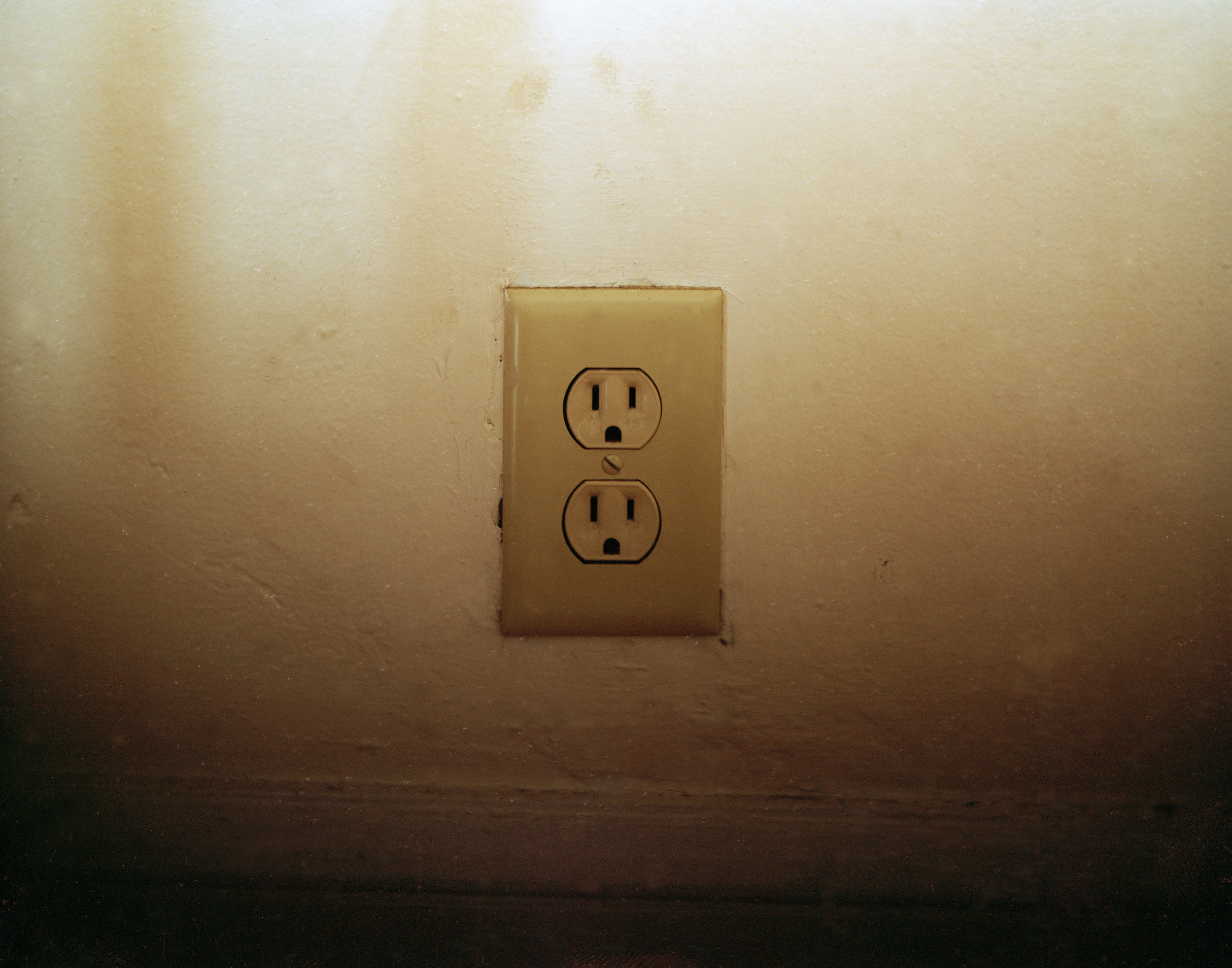 Outlet5WS.jpg