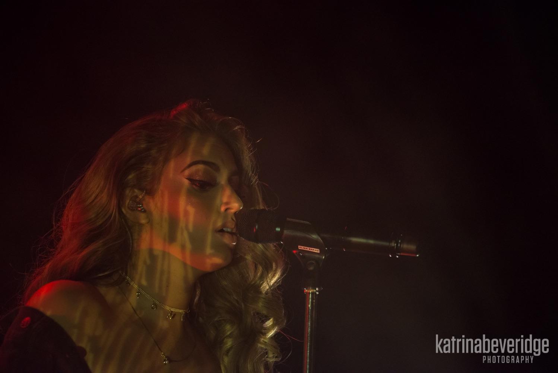Alina-Baraz-Imperial-Live-Show-Concert.jpg