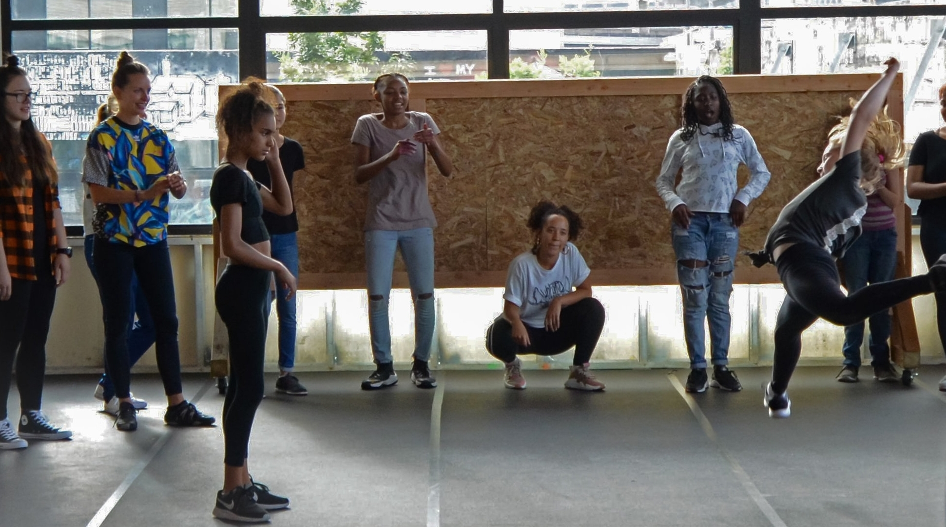 Style - Learn the fundamentals of hip hop freestyle dance