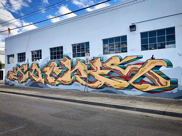 #JOINS #sunshinedairy #pdxgraffiti #portlandgraffiti #pdxart #pdxstreetart #portlandstreetart #psaaprojects #portlandstreetartalliance 📸 Photos @pdxeveryday @desertstocross