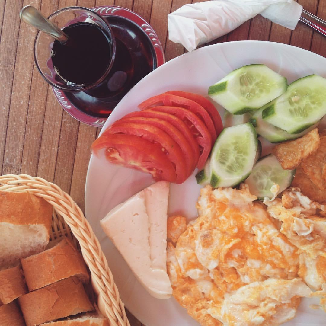 Turkish Breakfast 🍴🇹🇷