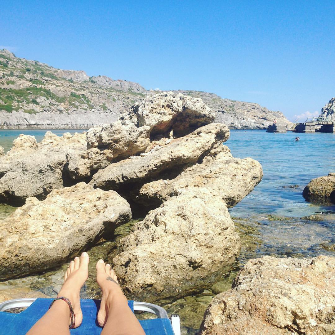 Couldn't get closer if we tried 😂 #feetinthewater #Rhodes #funinthesun #islandlife #thetoughlife @nous_nik