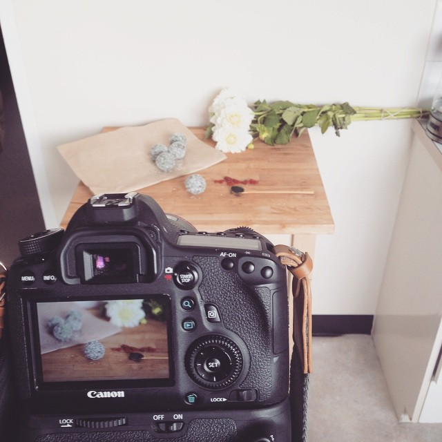Had a pretty awesome day shooting some of the most delicious #raw treats 🍡🍮🍬🍯from @51raw with Nik and Sarah. Leaving the country on Thursday but why not squeeze in a food shoot? Haha crazy dayze #foodcoma #foodphotography #yums #whalesings