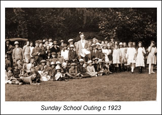 W SS Outing to Burnham Beeches 1923.jpg