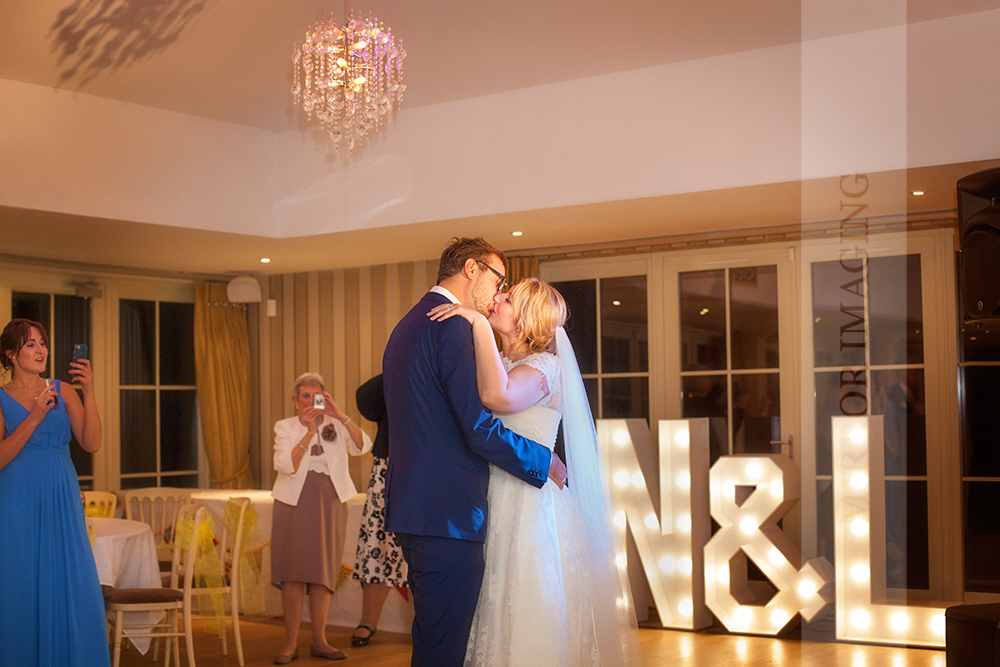 notts wedding photographer 63.jpg