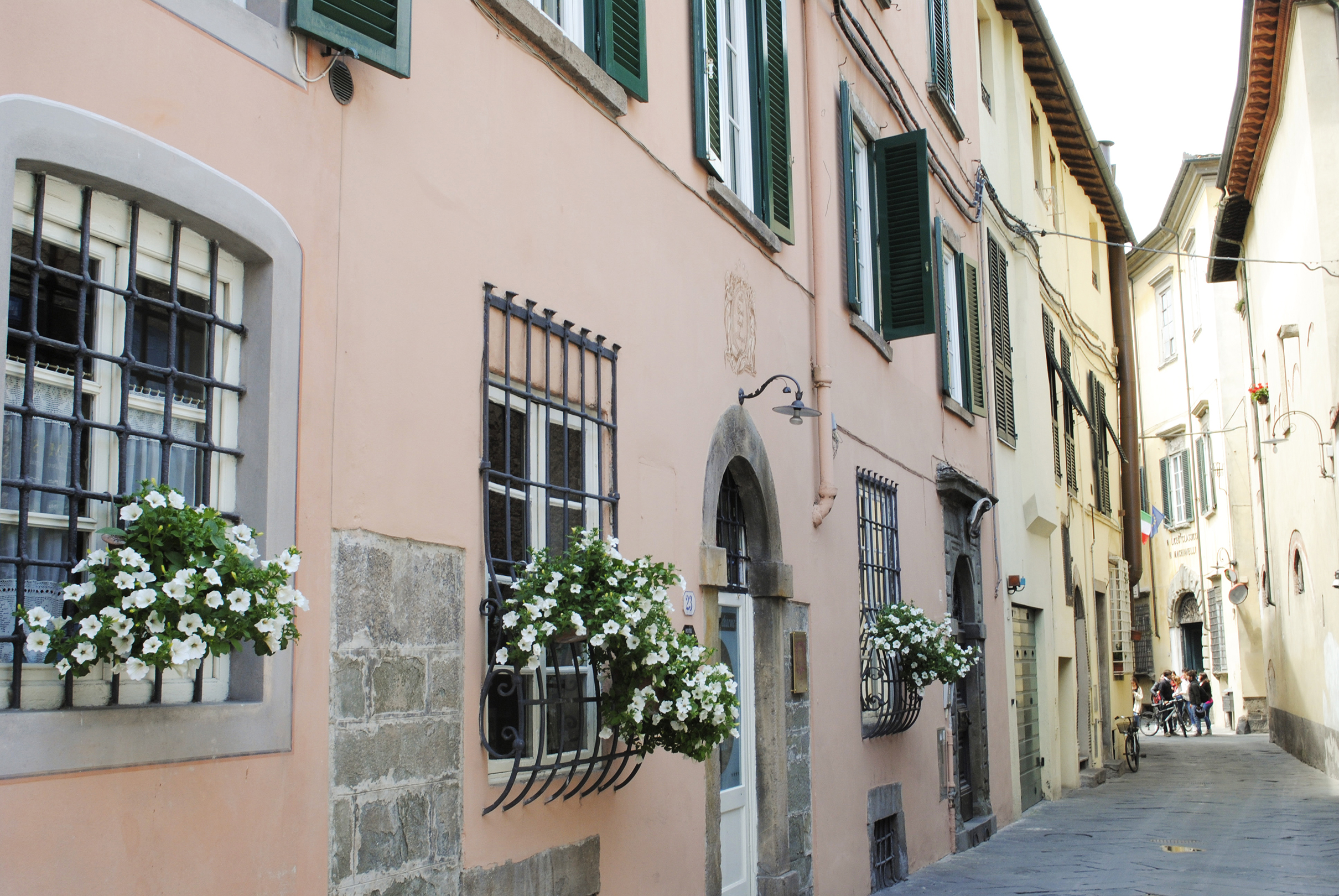 Italy ? Tuscany: A Ride Around Lucca | Sea of Atlas