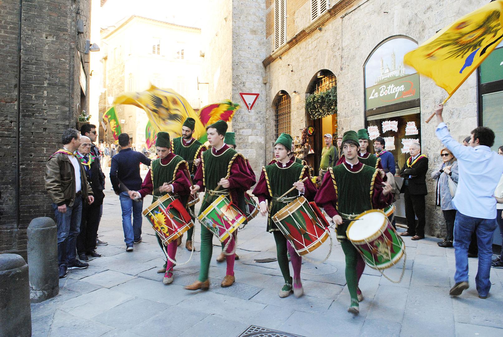 Italy ? Tuscany: Montepulciano & Siena | Sea of Atlas