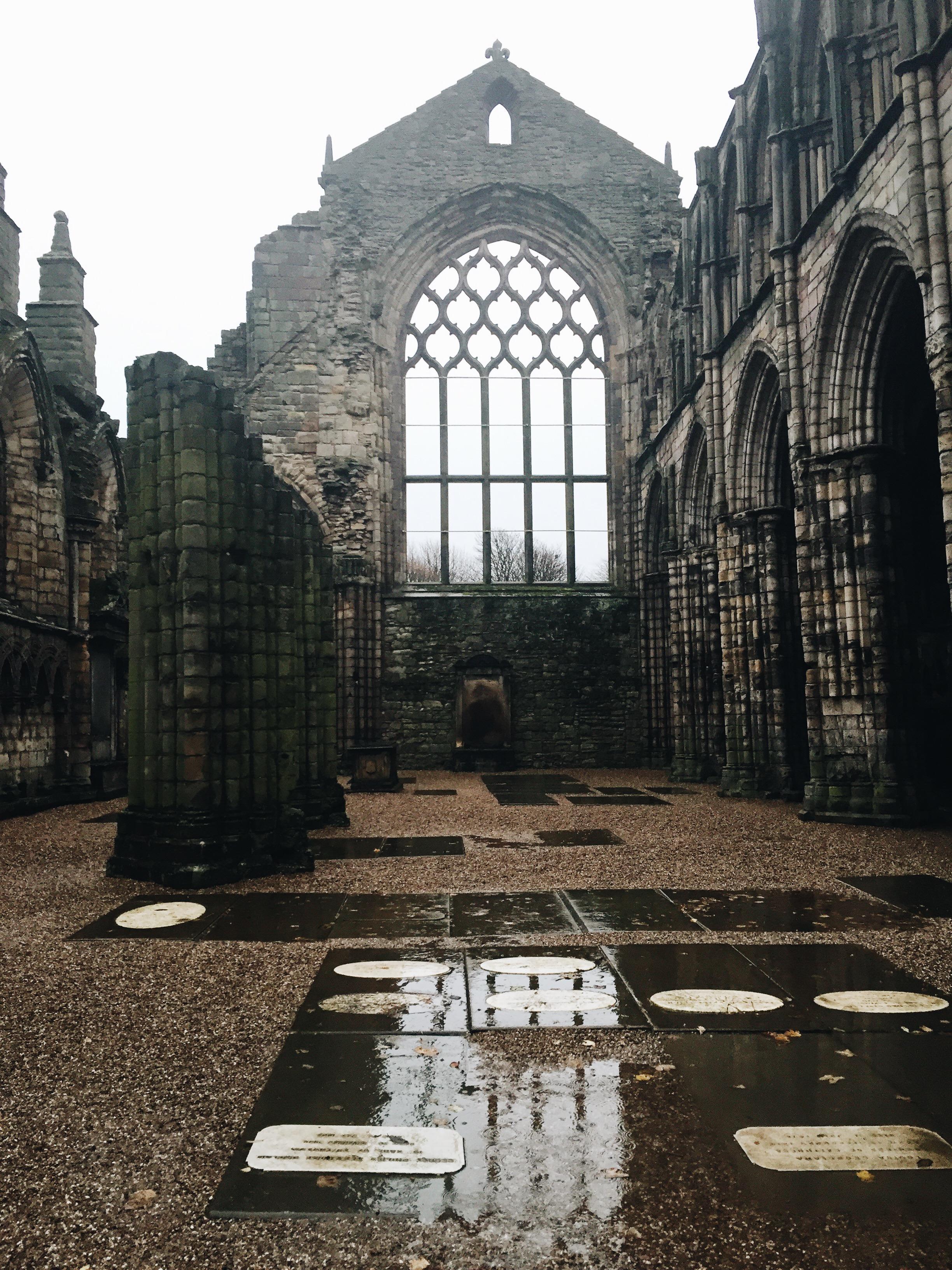 SOA_Edinburgh-Scotland-holyrood-abbey.jpg