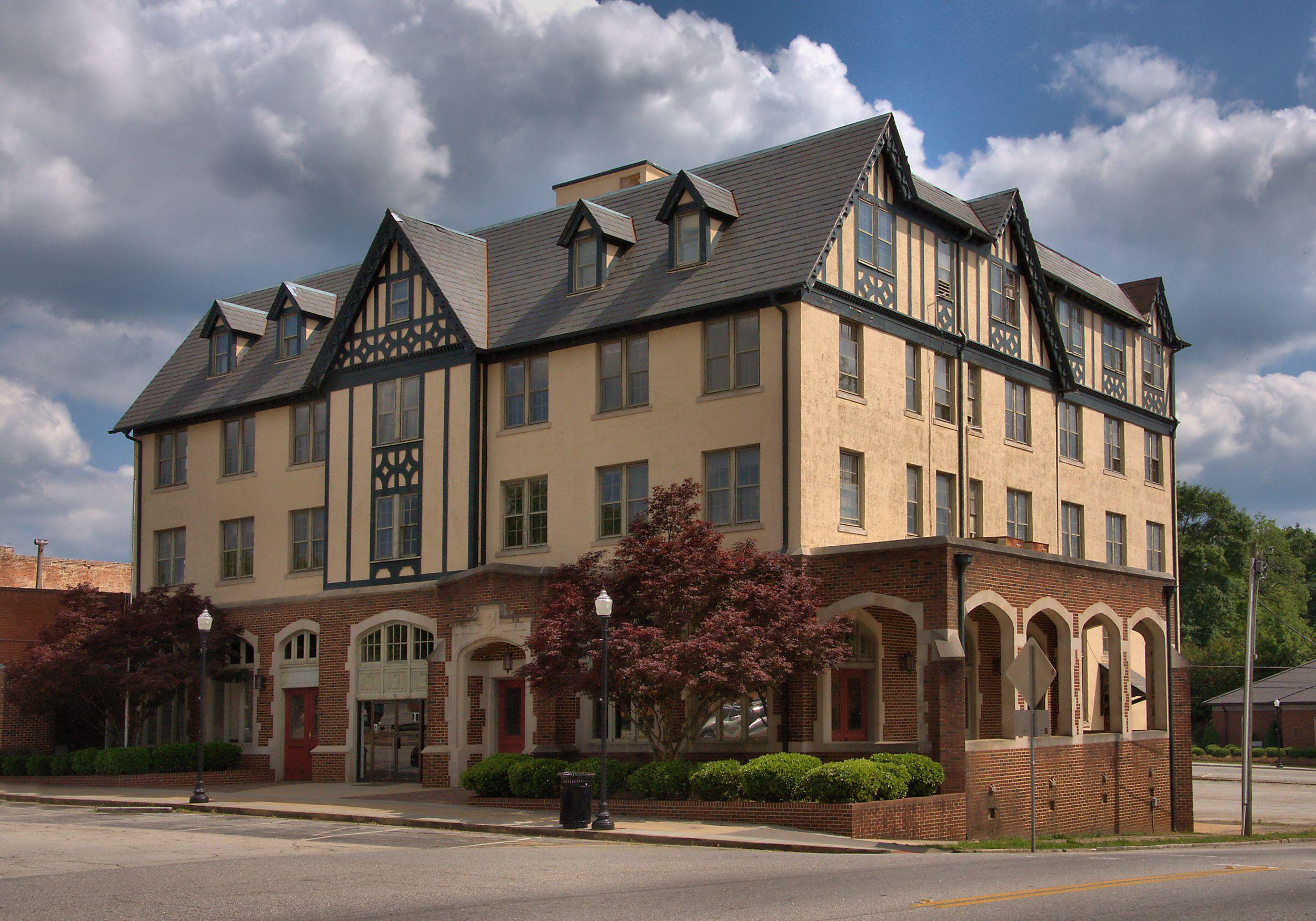 SAMUEL ELBERT HOTEL    ©  Copyright Brian Brown Photography/Vanishing Media USA 2014