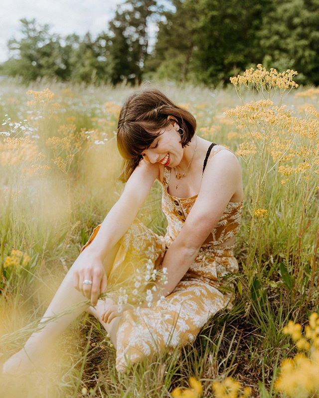 Someone please explain to me how @hmoggie always makes me feel most like myself in photos??? Also yellow flowers every single day please and thank you.