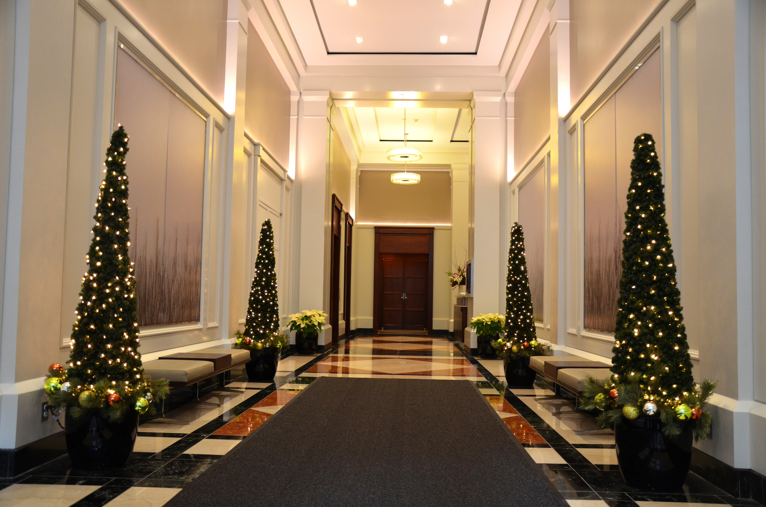 Harding Botanicals. Holiday Design. Boston Lobby