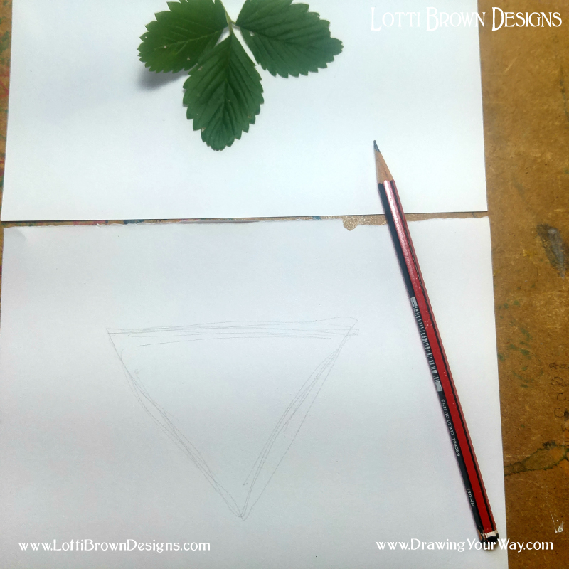 Using a triangle to create the overall shape of the leaf