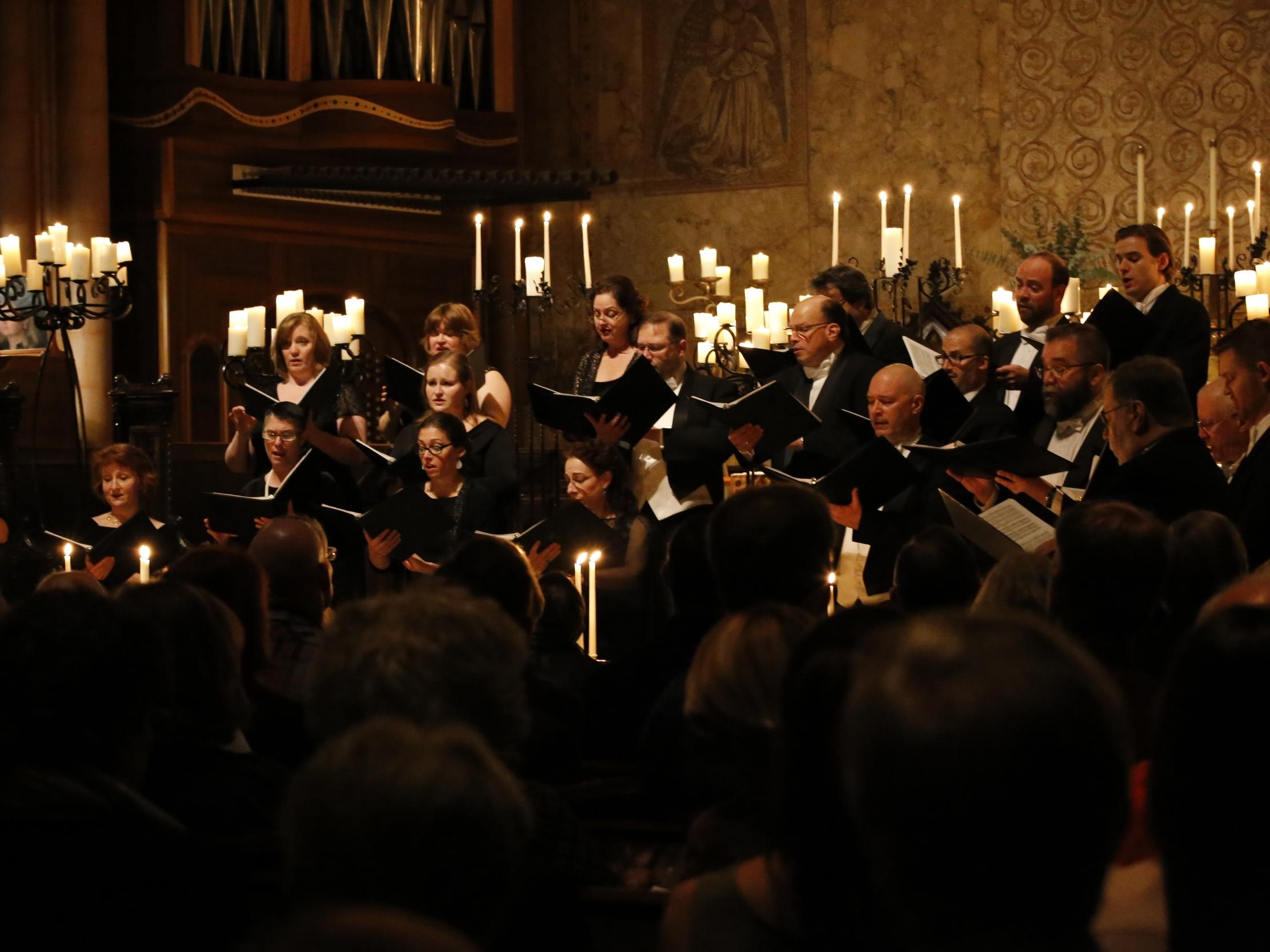 Candlelight Christmas Concert. Joey Solomon ©