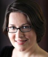 Linda Jones, Soloist