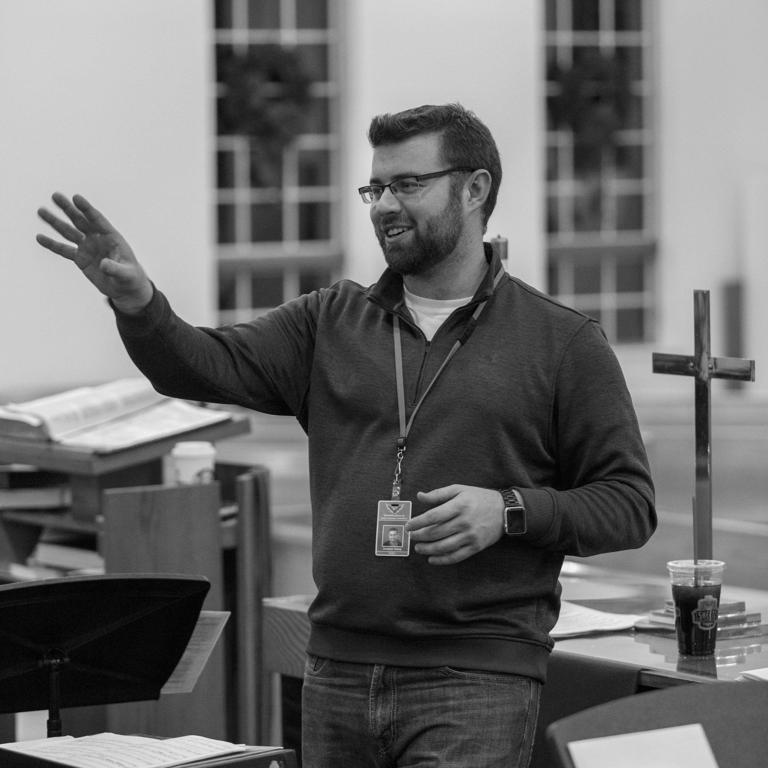 Jonathan Eutsey, Director of Music  Rev. Donna Havrisko, Pastor