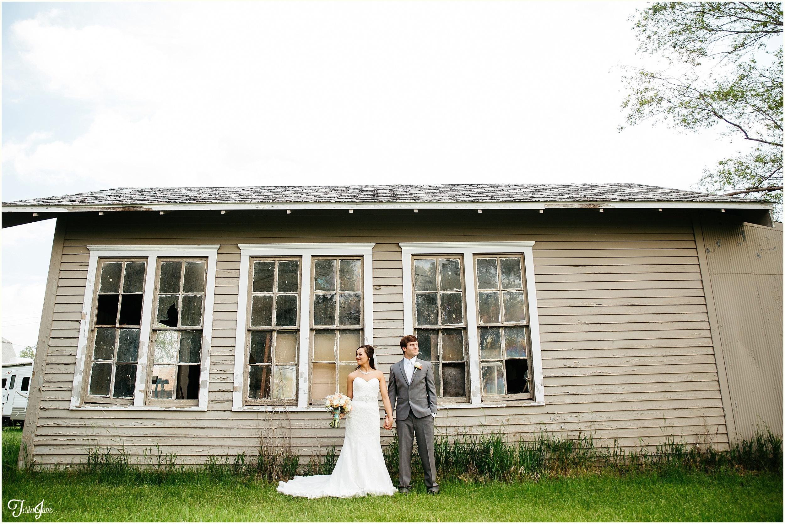 Decker-wedding-South-Dakota-Teal-Blue
