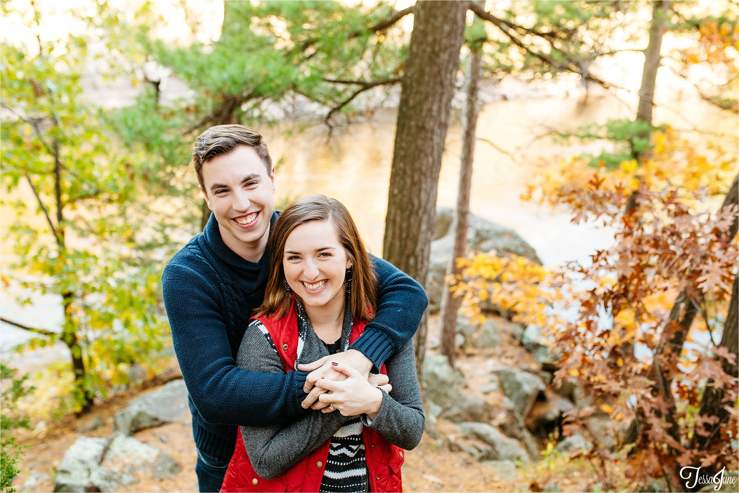 st-cloud-minnesota-wedding-photographer-taylors-falls-colorful-love