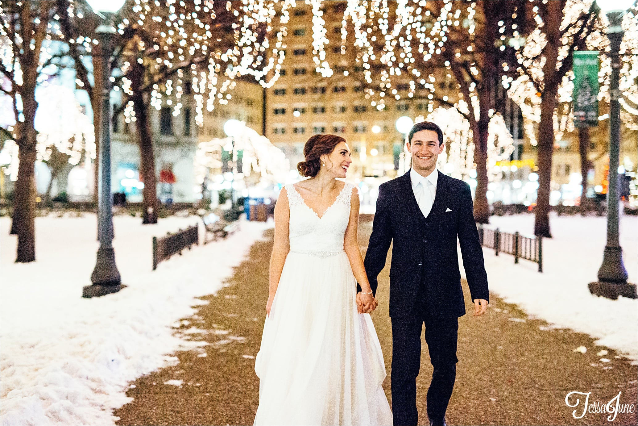 st-cloud-minnesota-wedding-photographer-rice-park-winter-maroon-dance