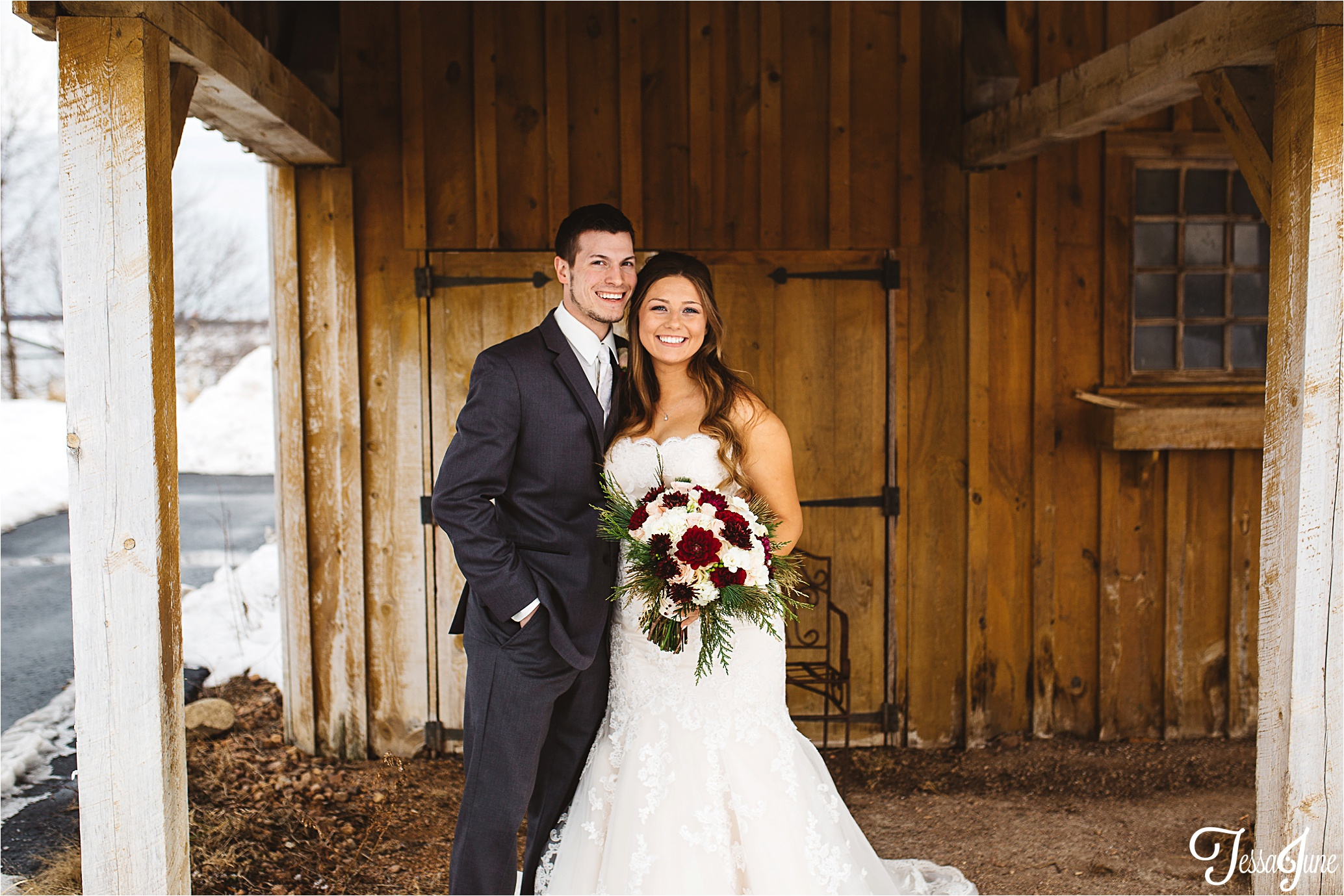 st-cloud-minnesota-wedding-photographer-the-outpost-center-chaska-snow-winter-romantic