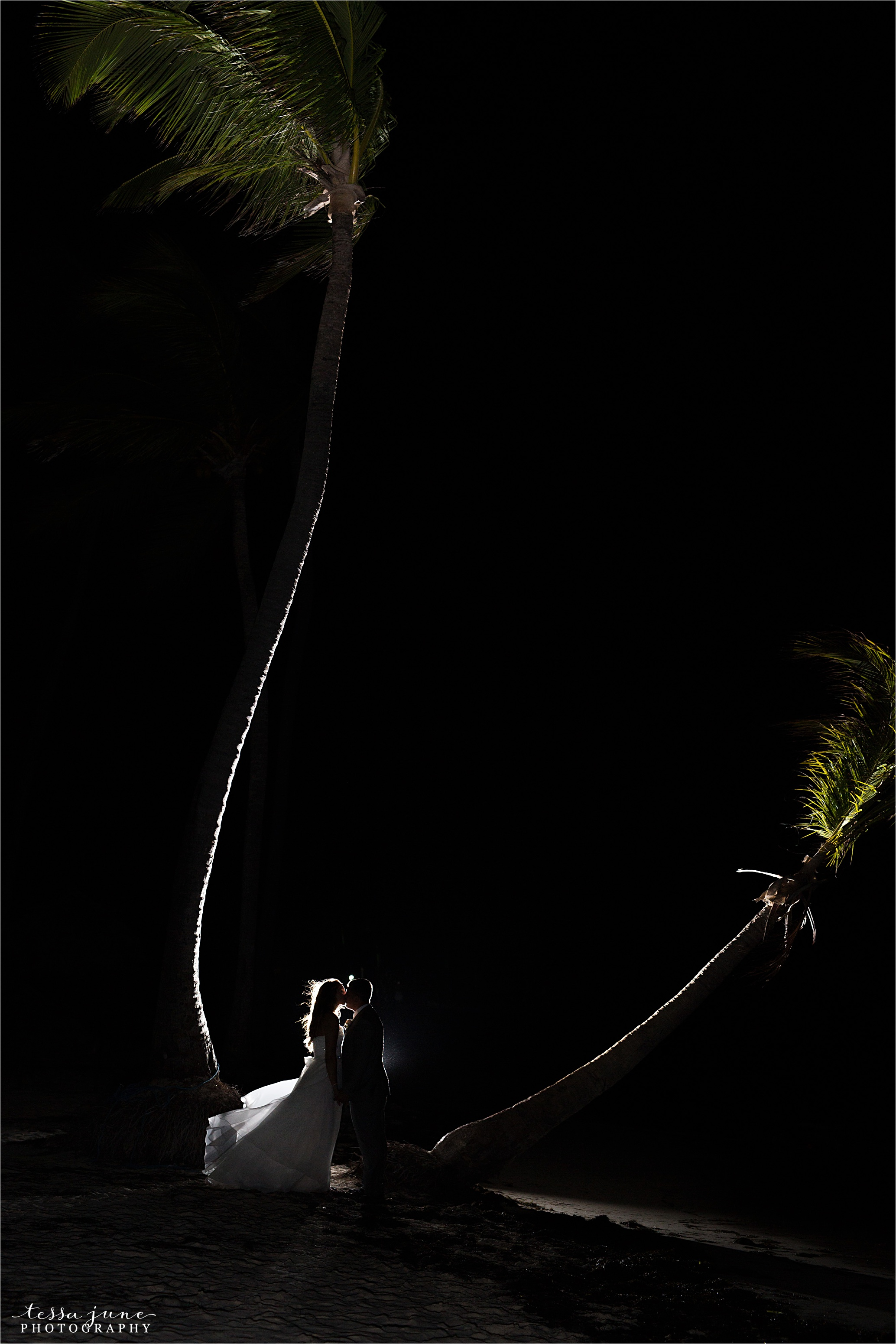 punta-cana-dreams-palm-beach-resort-destination-wedding-dominican-republic-reception-dance-sillouette-palm-trees