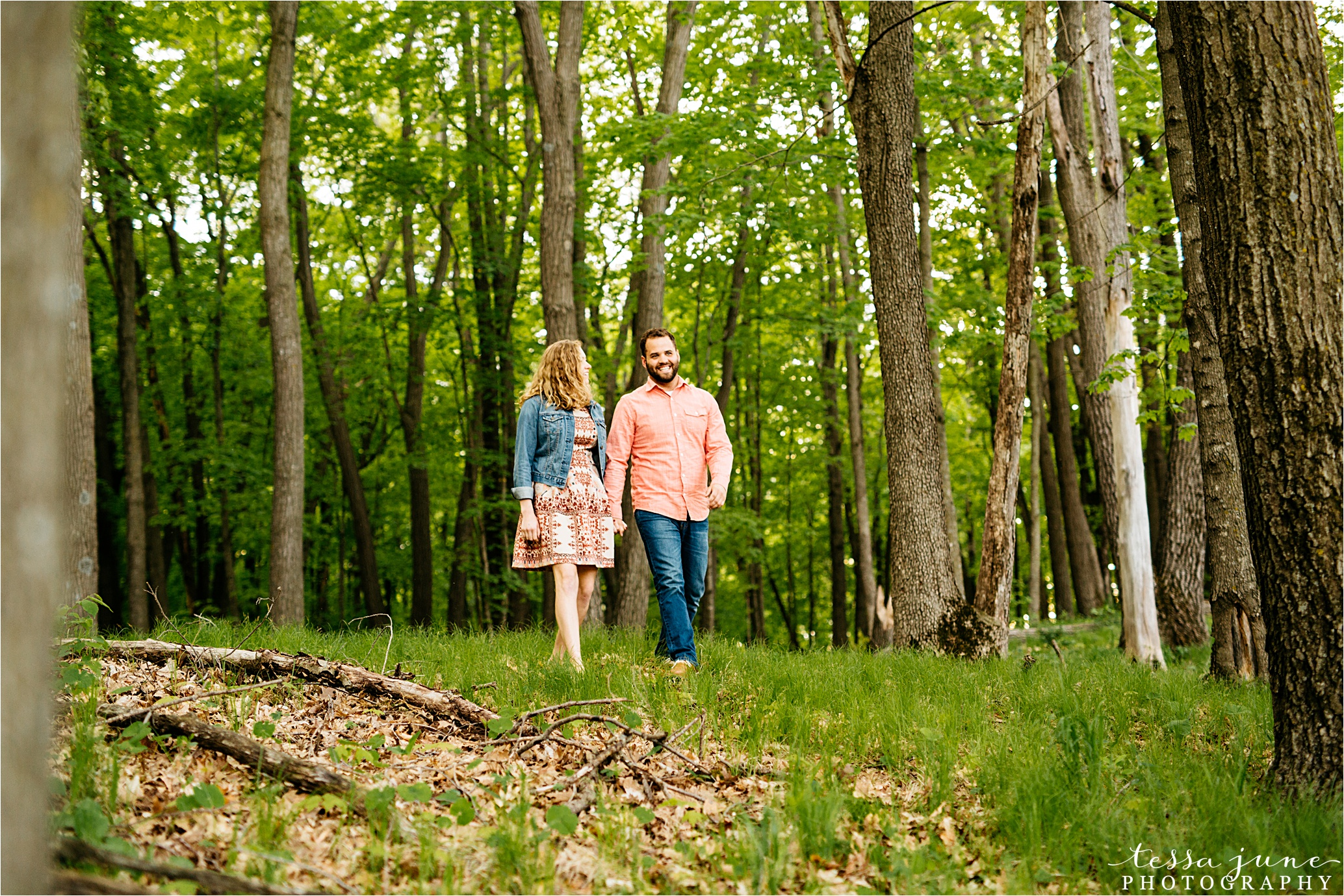 lake-maria-state-park-engagement-minnesota-st-cloud-wedding-photographer