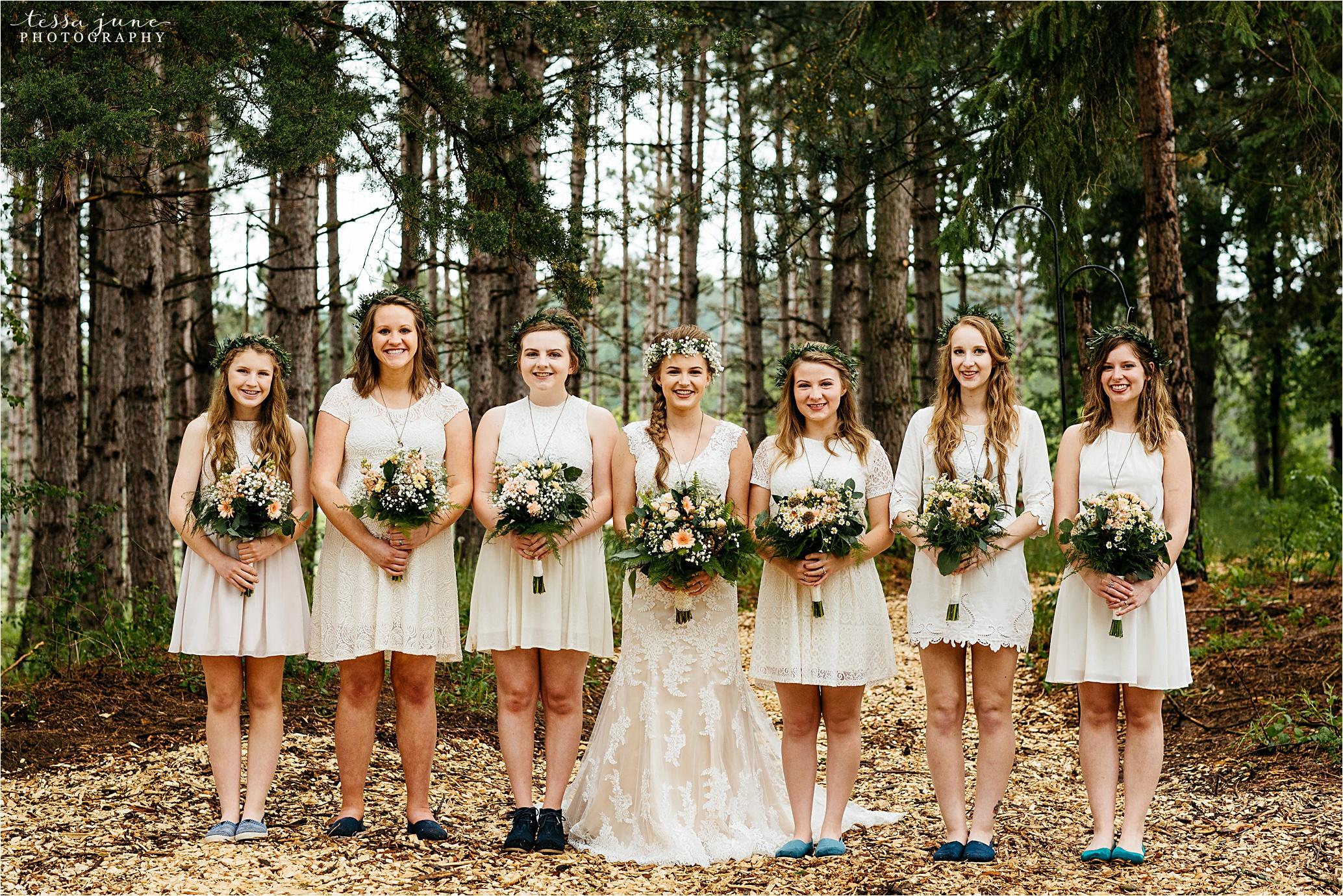 bohemian-forest-wedding-stillwater-minnesota-flower-crown-st-cloud-photographer-bridemaids