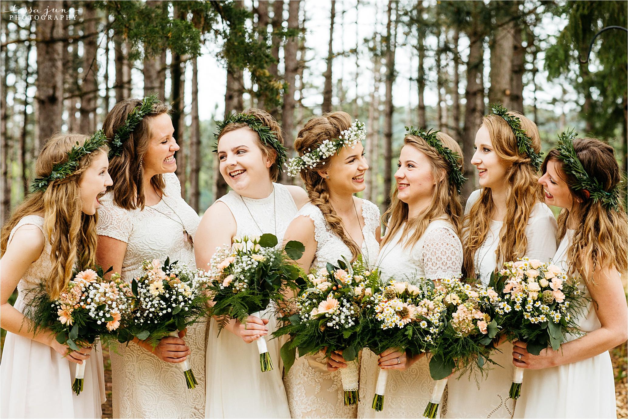 bohemian-forest-wedding-stillwater-minnesota-flower-crown-st-cloud-photographer-bridesmaids