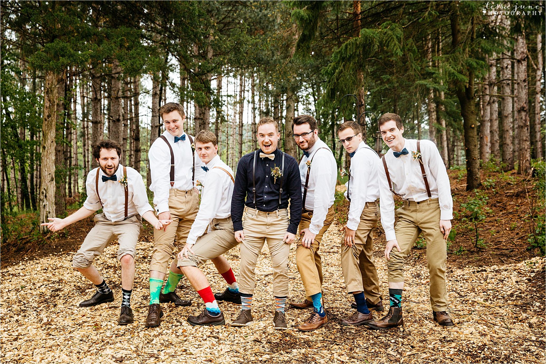 bohemian-forest-wedding-stillwater-minnesota-flower-crown-st-cloud-photographer-groomsmen-socks