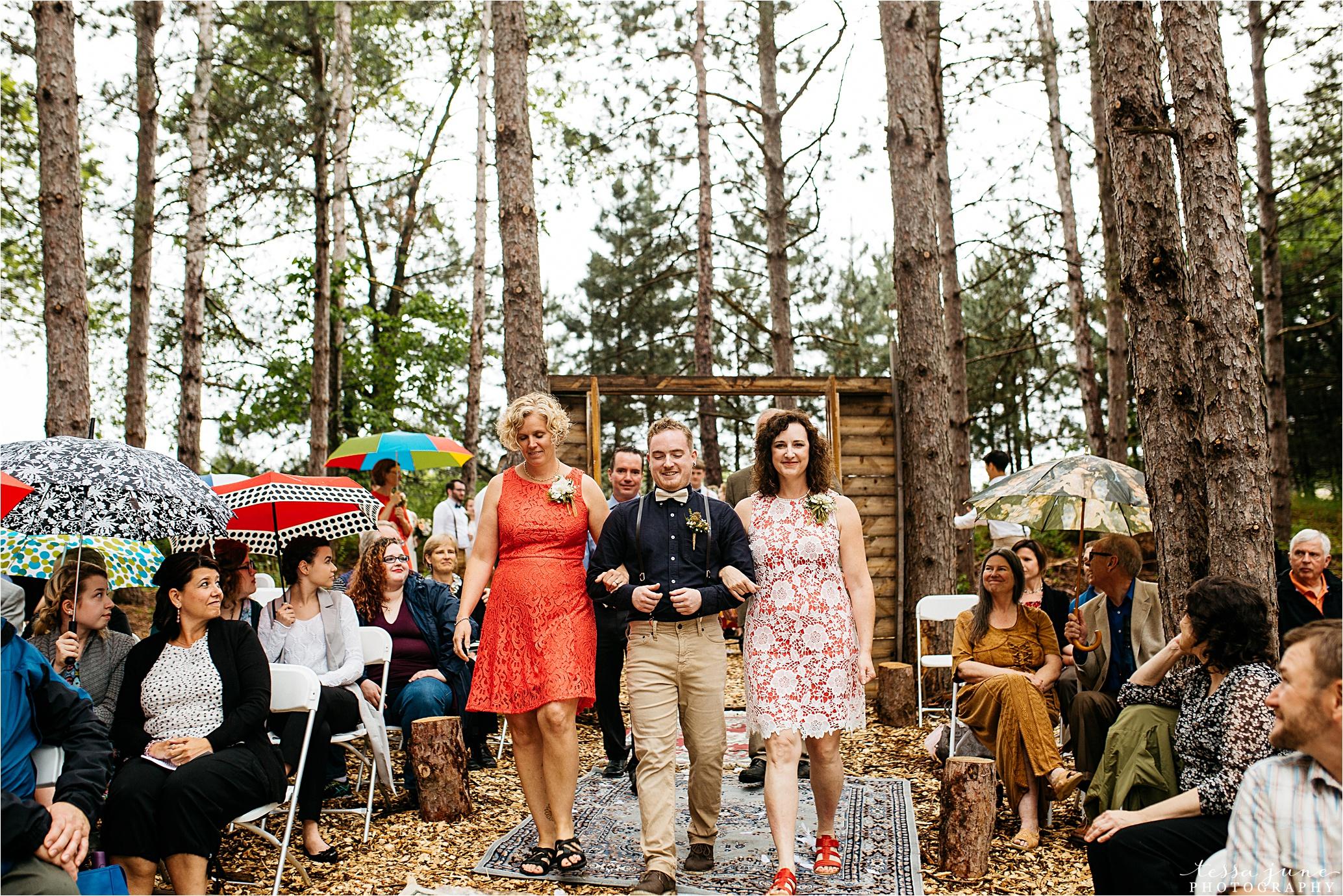 bohemian-forest-wedding-stillwater-minnesota-flower-crown-st-cloud-photographer-ceremony