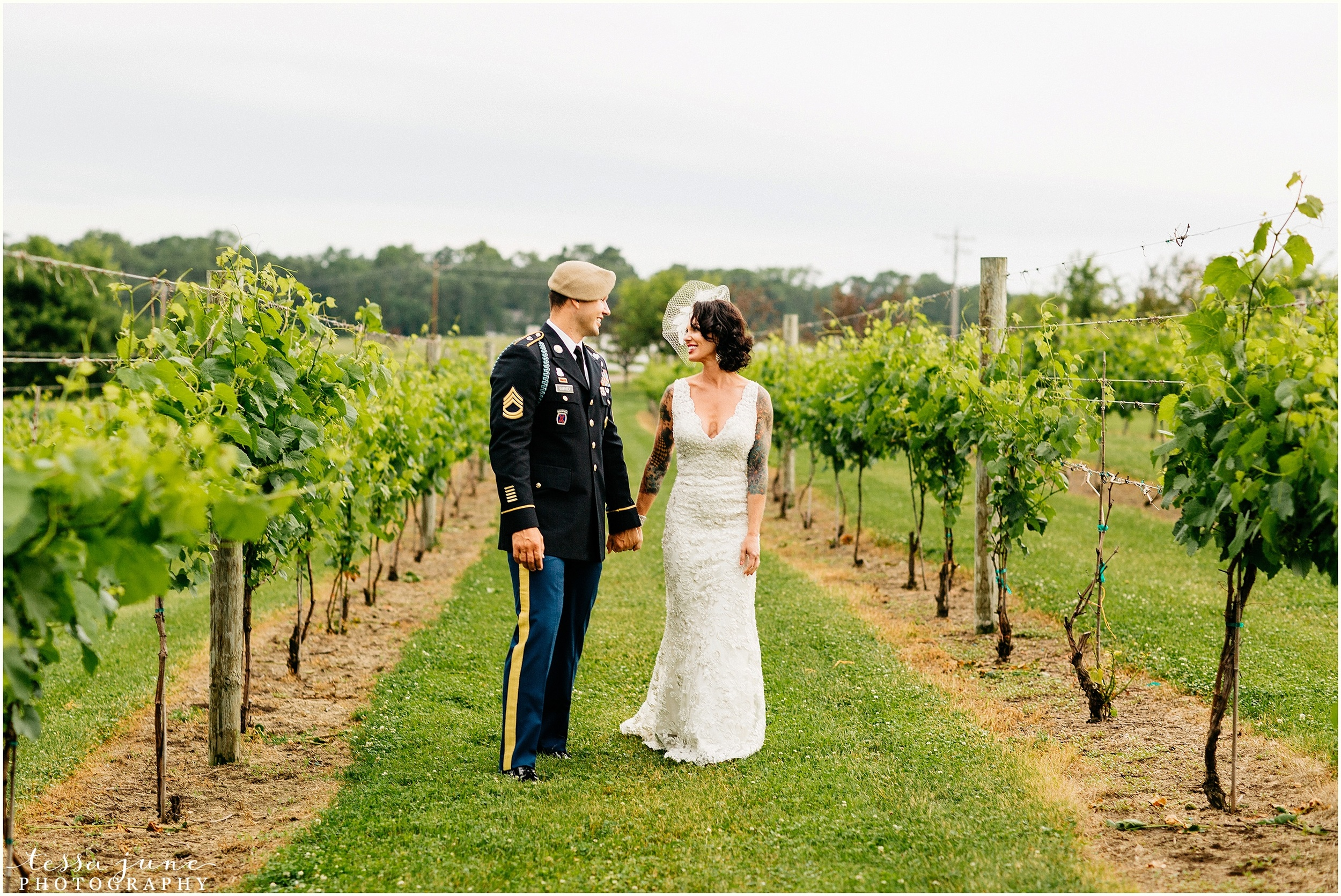 carlos-creak-winery-alexandira-minnesota-wedding-st-cloud-photographer