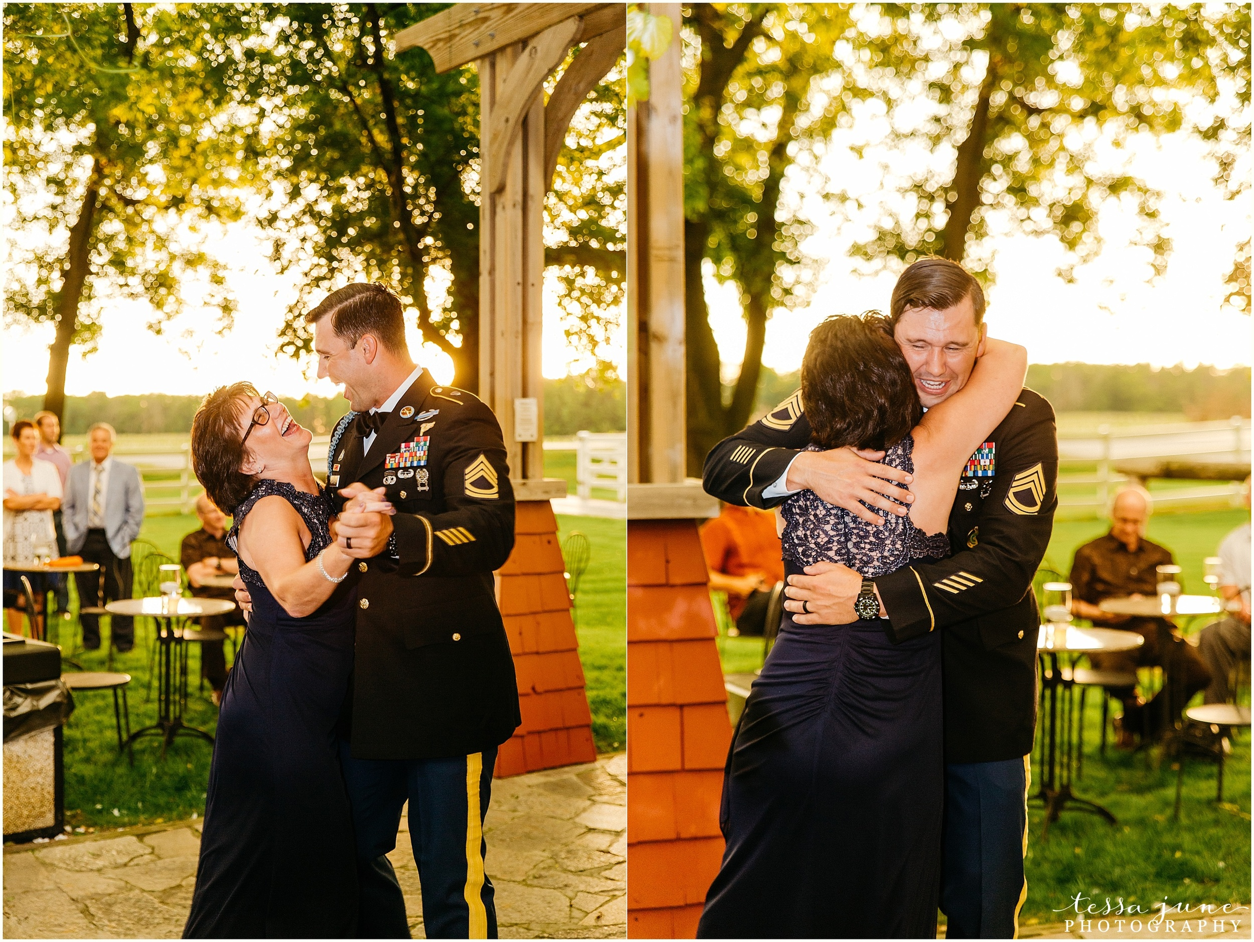 carlso-creek-winery-alexandria-wedding-minnesota