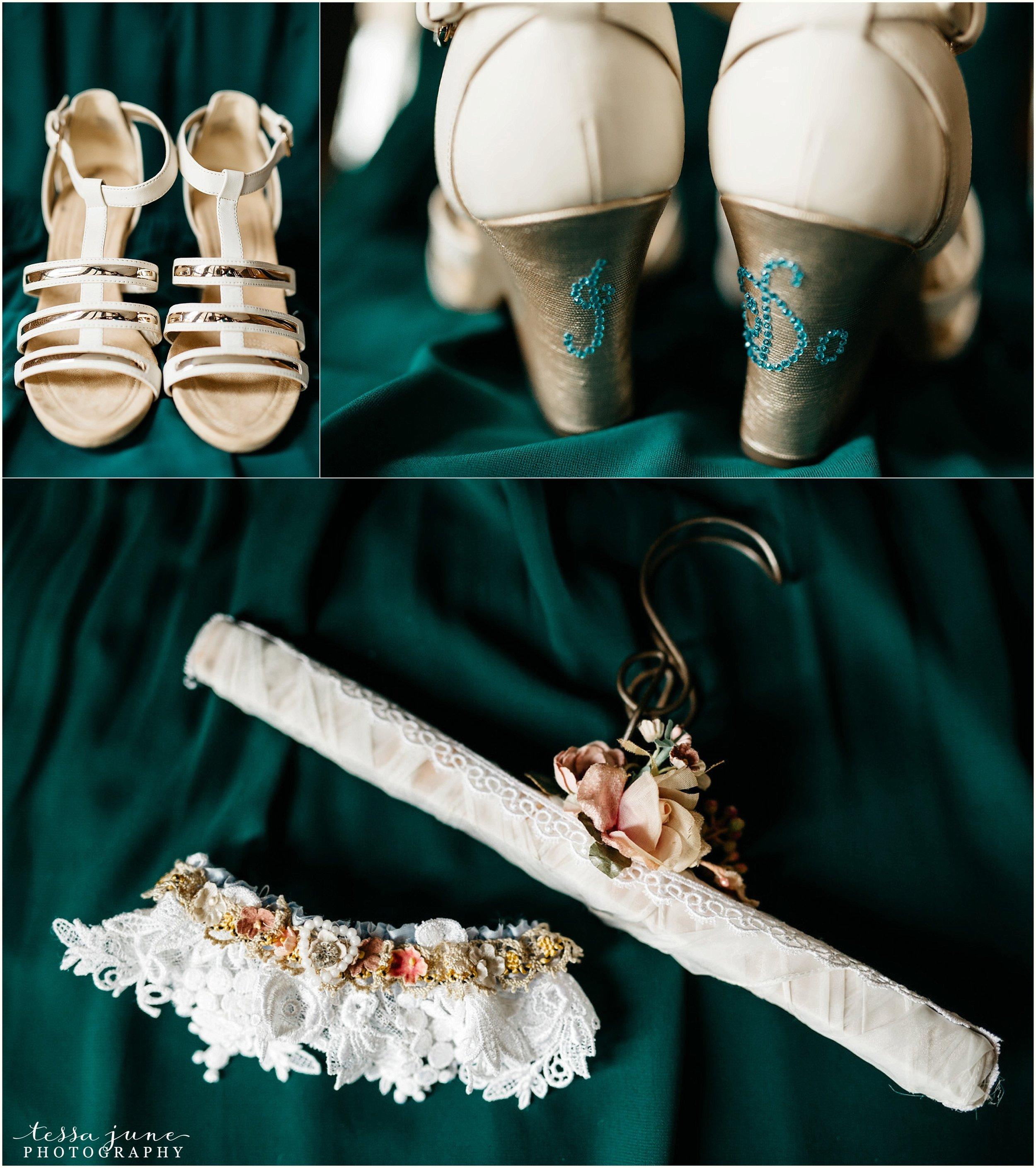 bohemian-minnesota-wedding-mismatched-bridesmaid-dresses-waterfall-st-cloud-tessa-june-photography-3.jpg