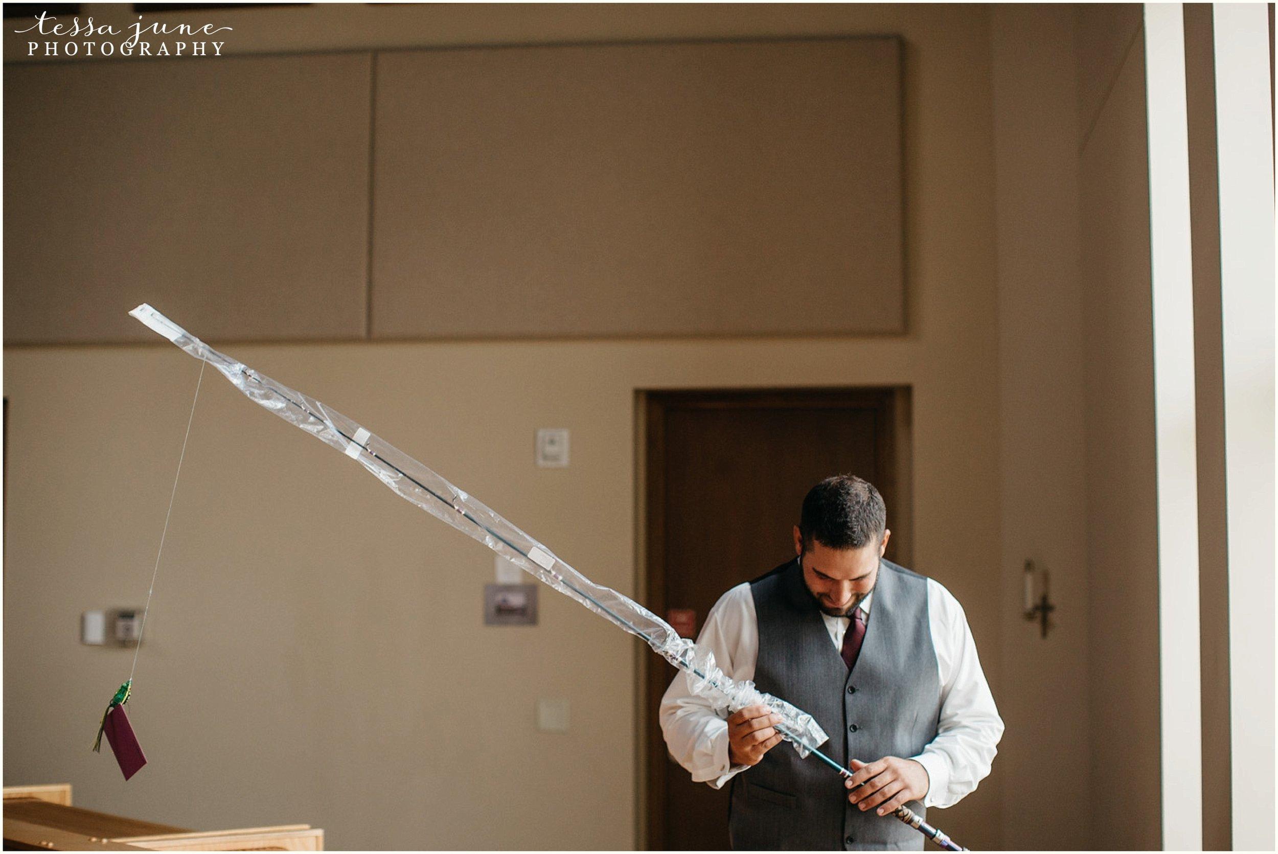 bohemian-minnesota-wedding-mismatched-bridesmaid-dresses-waterfall-st-cloud-tessa-june-photography-15.jpg