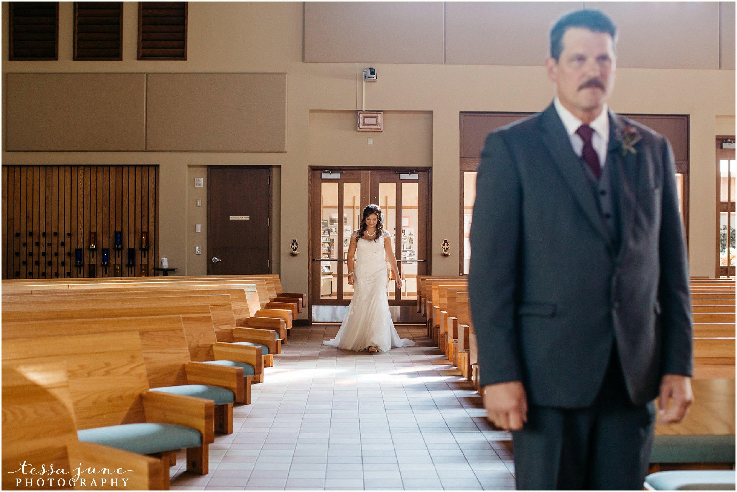 bohemian-minnesota-wedding-mismatched-bridesmaid-dresses-waterfall-st-cloud-tessa-june-photography-33.jpg