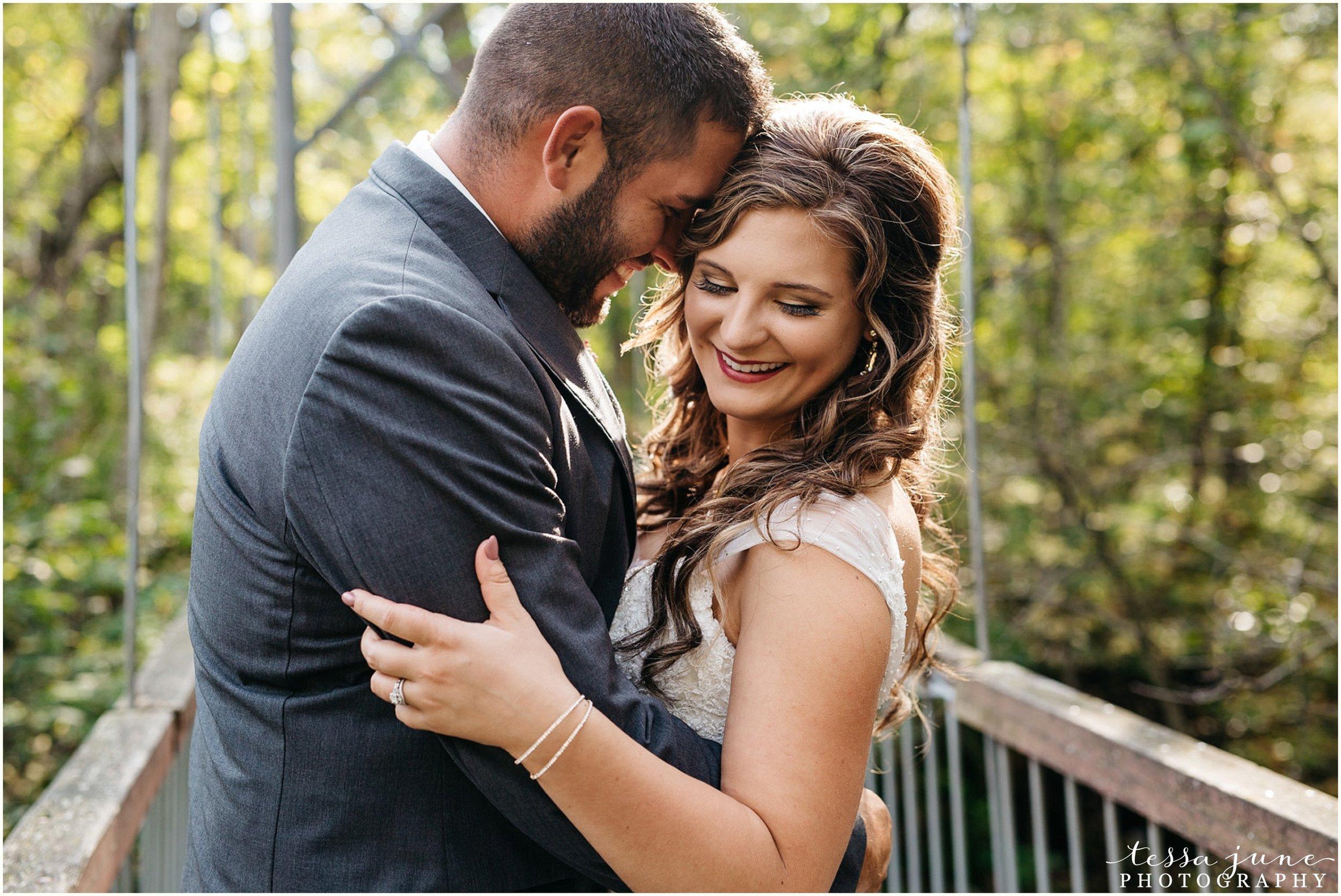 bohemian-minnesota-wedding-mismatched-bridesmaid-dresses-waterfall-st-cloud-tessa-june-photography-45.jpg