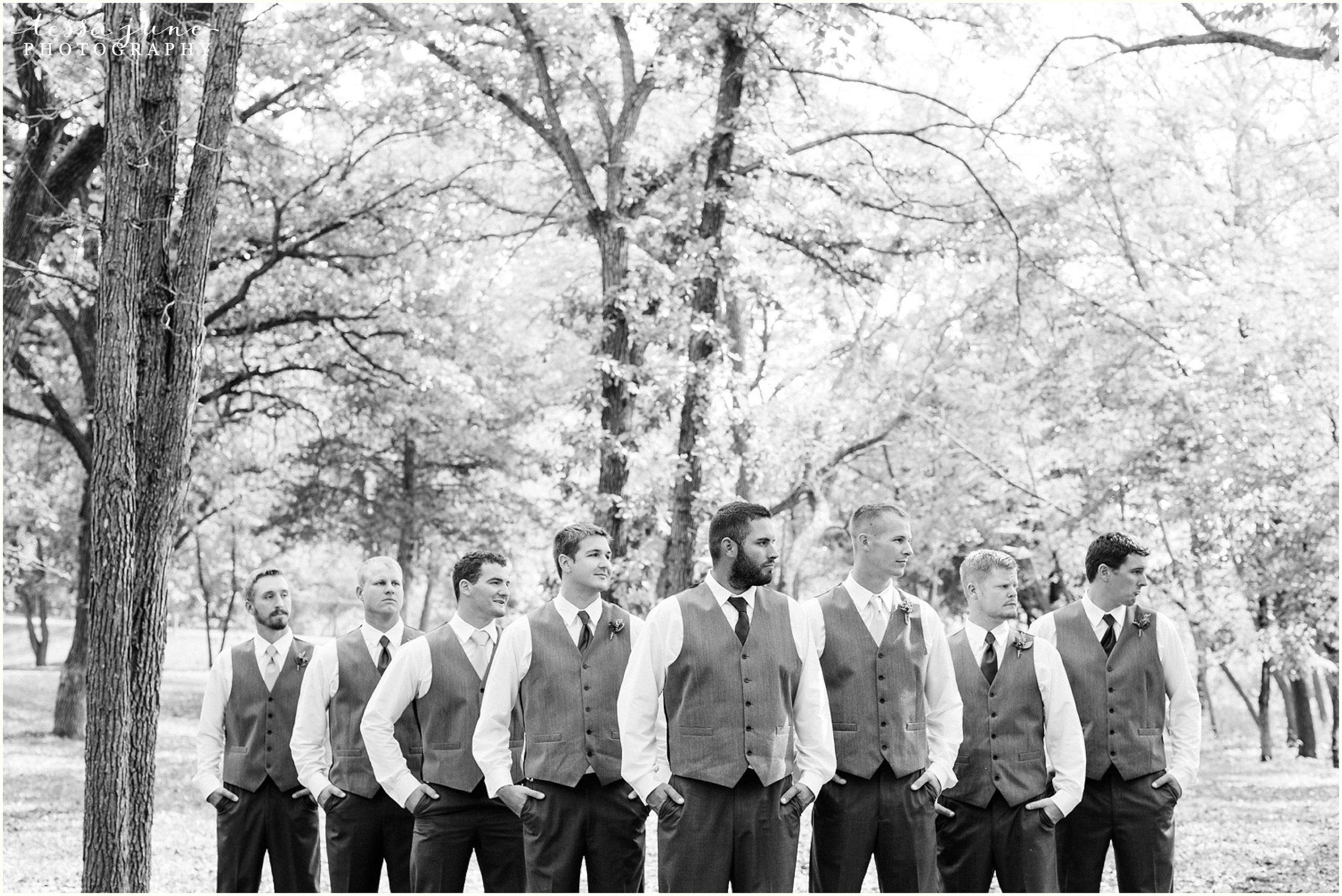 bohemian-minnesota-wedding-mismatched-bridesmaid-dresses-waterfall-st-cloud-tessa-june-photography-85.jpg