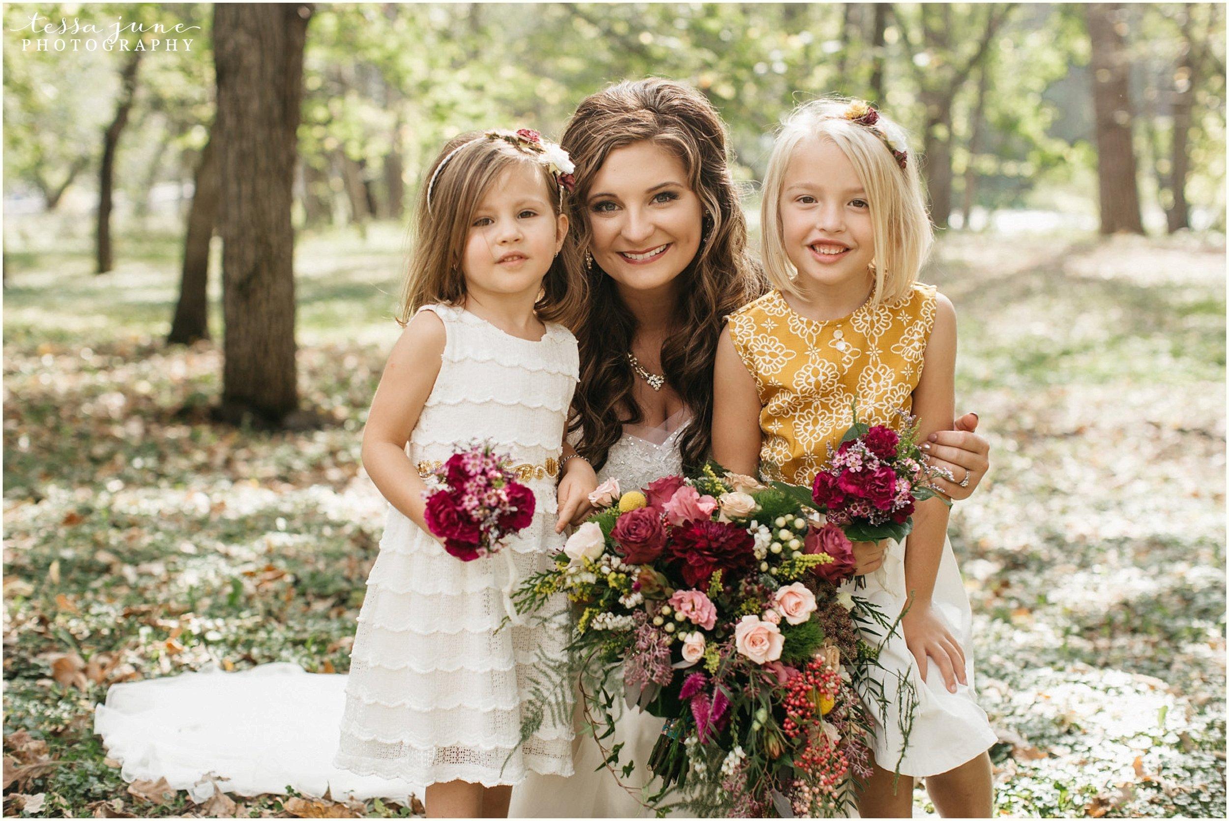 bohemian-minnesota-wedding-mismatched-bridesmaid-dresses-waterfall-st-cloud-tessa-june-photography-86.jpg