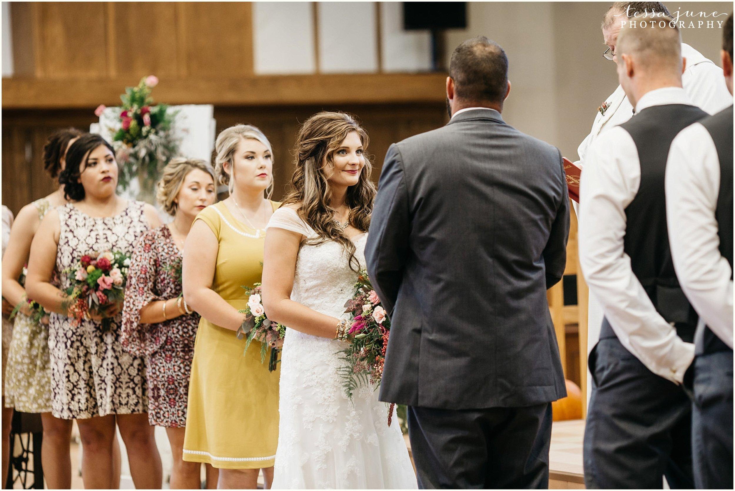 bohemian-minnesota-wedding-mismatched-bridesmaid-dresses-waterfall-st-cloud-tessa-june-photography-108.jpg