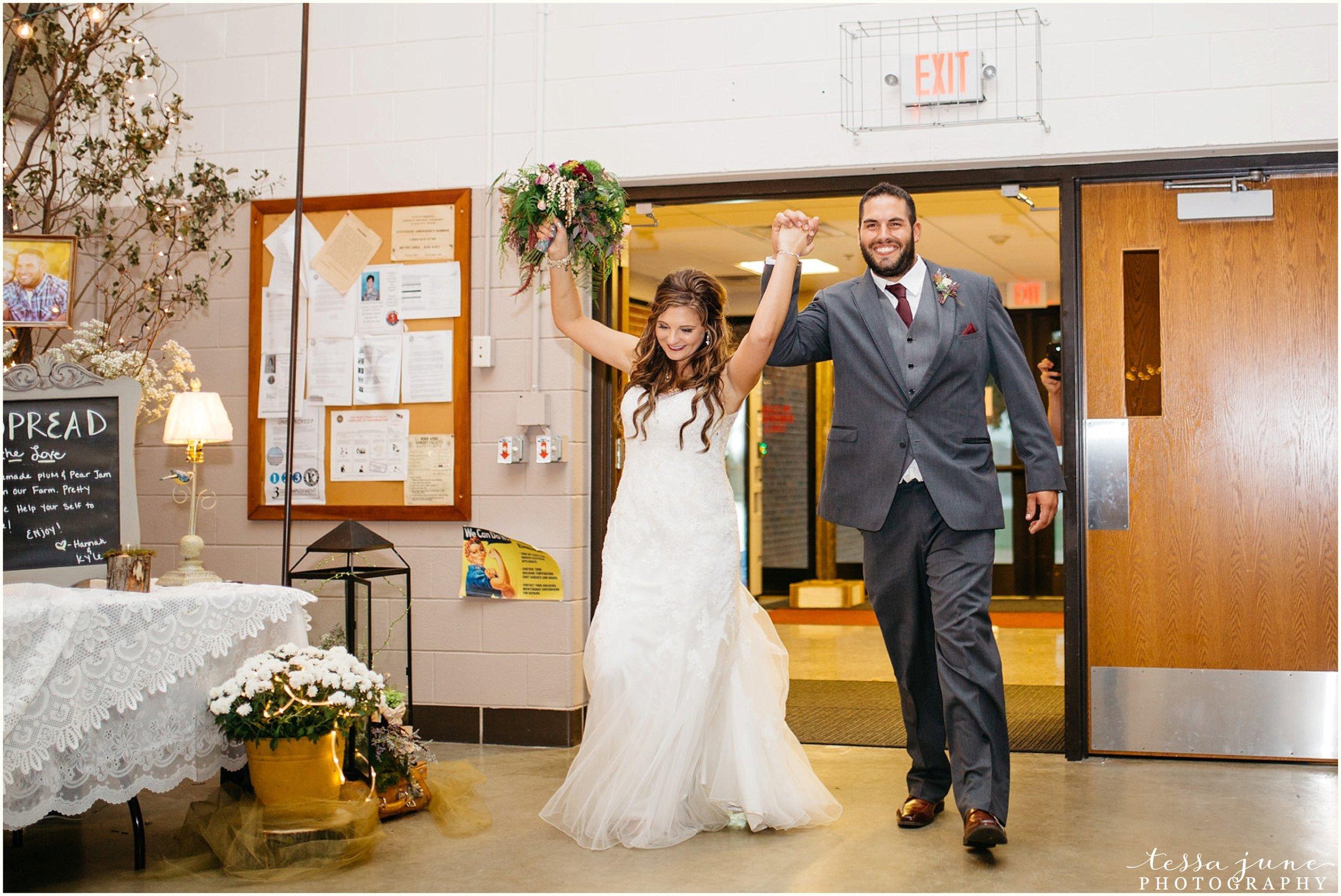 bohemian-minnesota-wedding-mismatched-bridesmaid-dresses-waterfall-st-cloud-tessa-june-photography-155.jpg