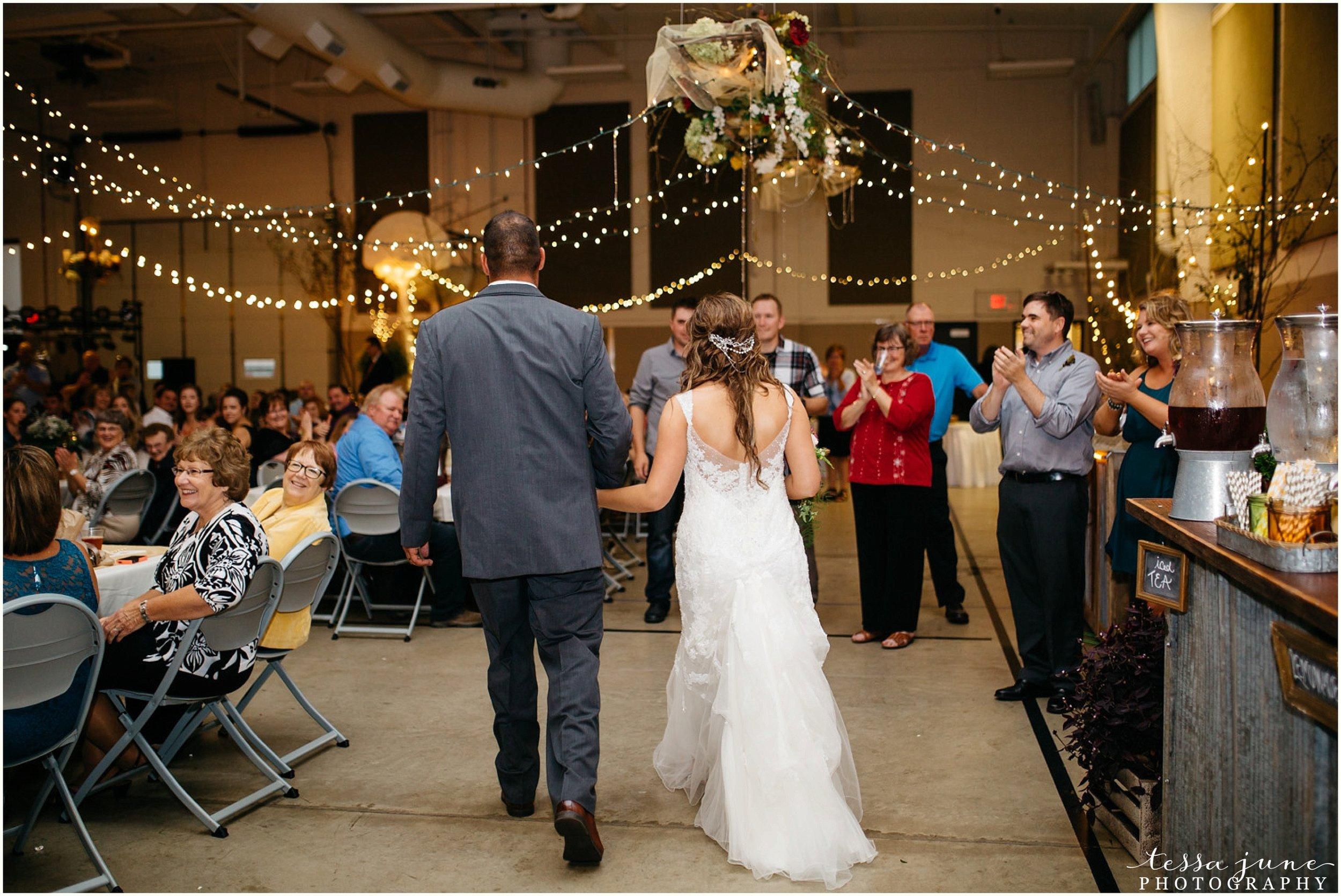 bohemian-minnesota-wedding-mismatched-bridesmaid-dresses-waterfall-st-cloud-tessa-june-photography-156.jpg