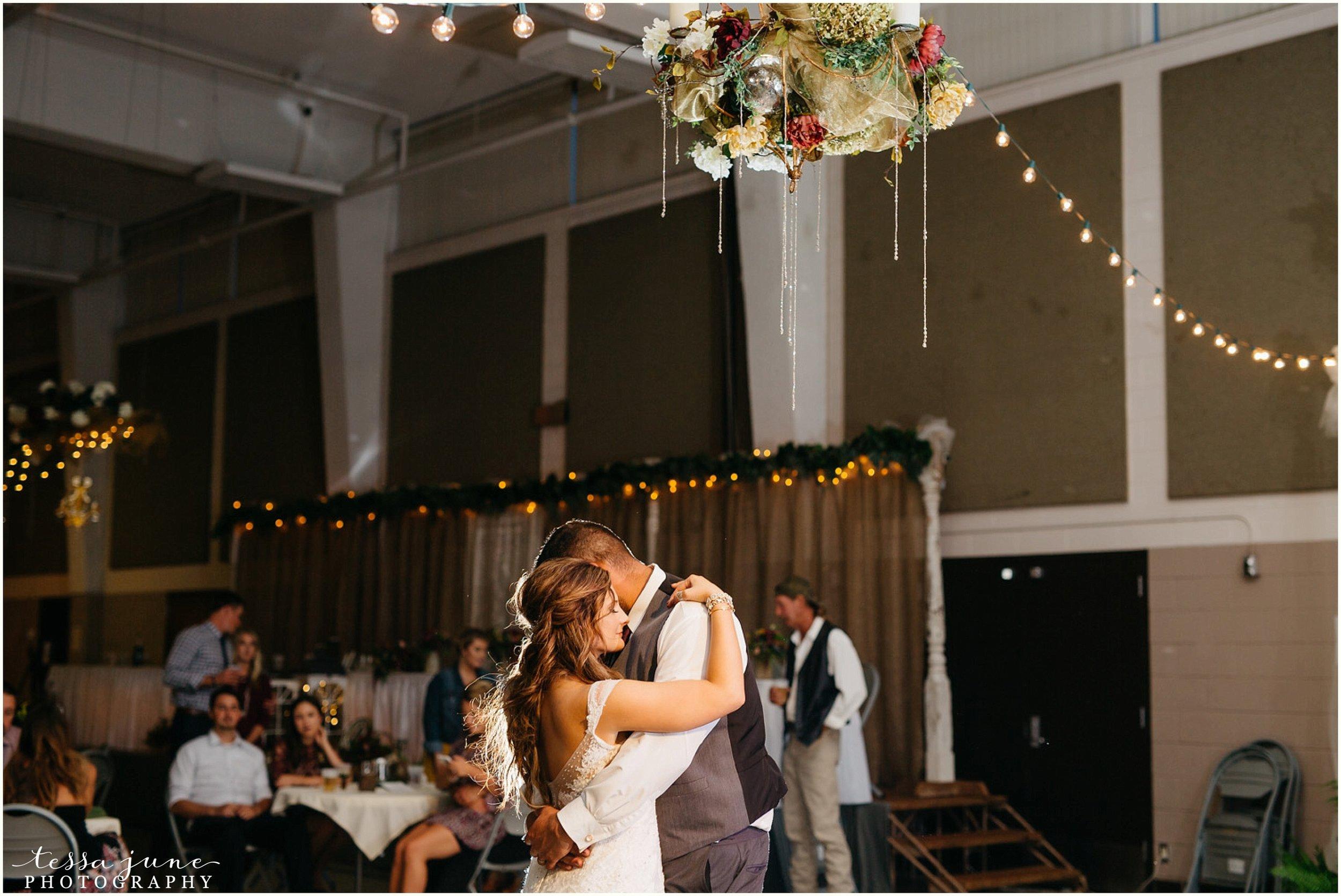bohemian-minnesota-wedding-mismatched-bridesmaid-dresses-waterfall-st-cloud-tessa-june-photography-190.jpg