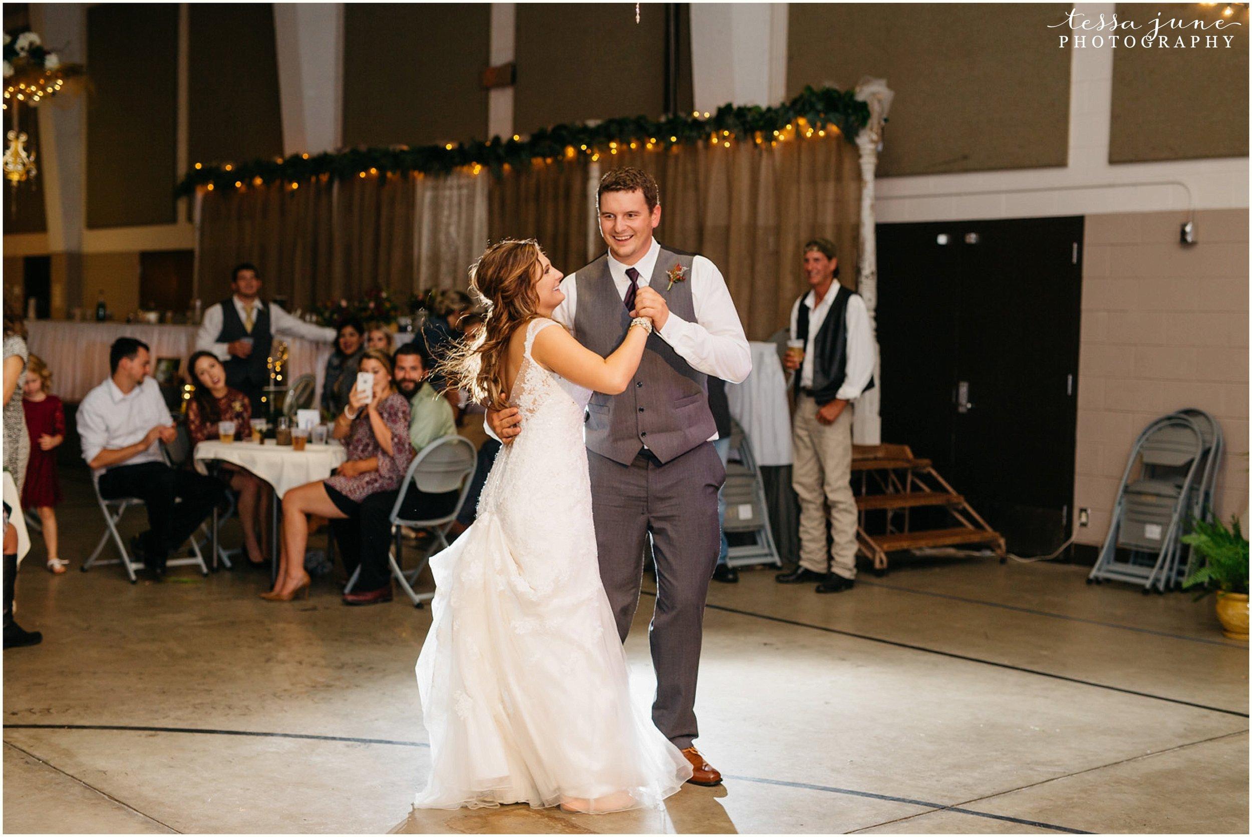 bohemian-minnesota-wedding-mismatched-bridesmaid-dresses-waterfall-st-cloud-tessa-june-photography-197.jpg