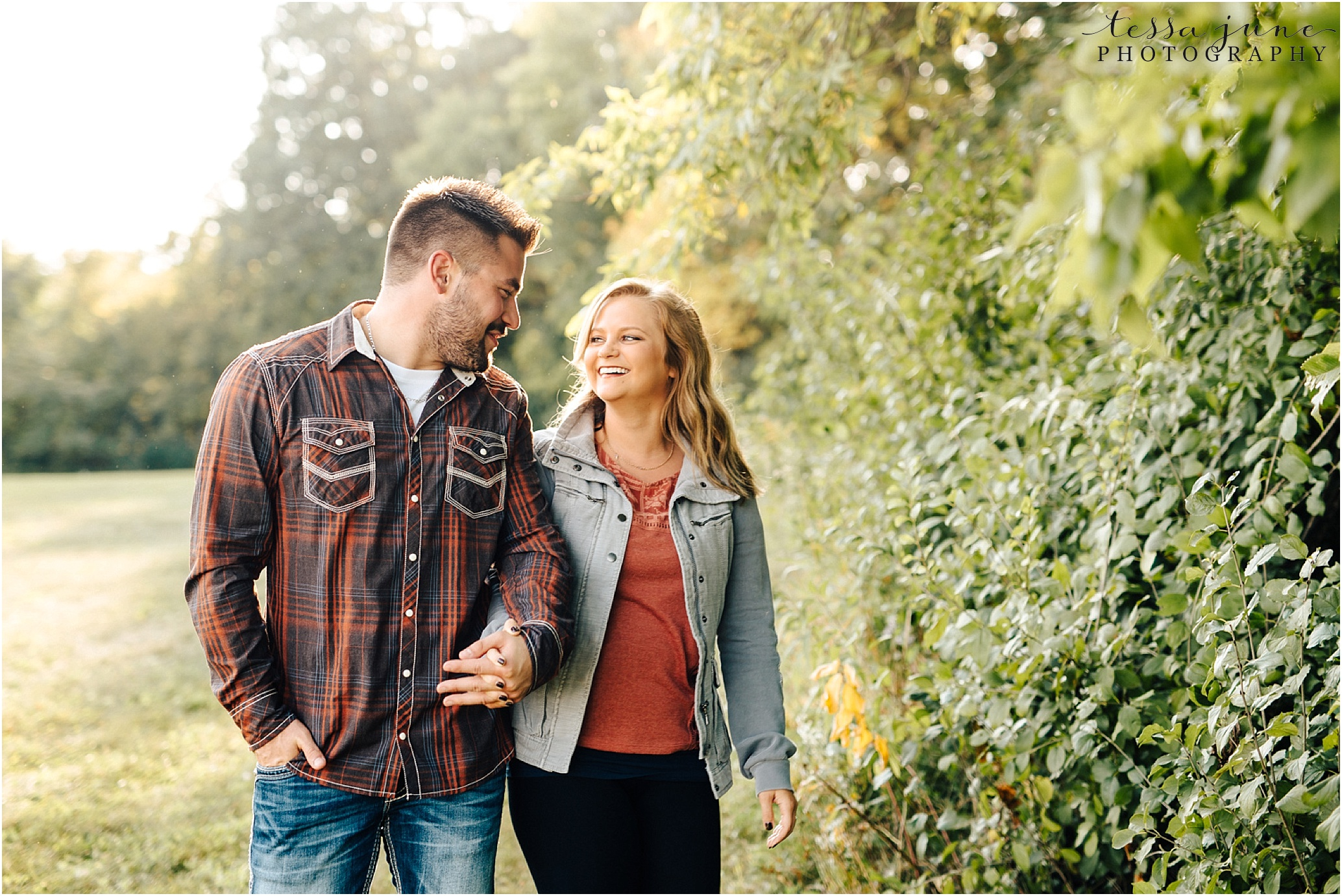 st-cloud-wedding-photographer-engagement-session-with-old-truck-6.jpg